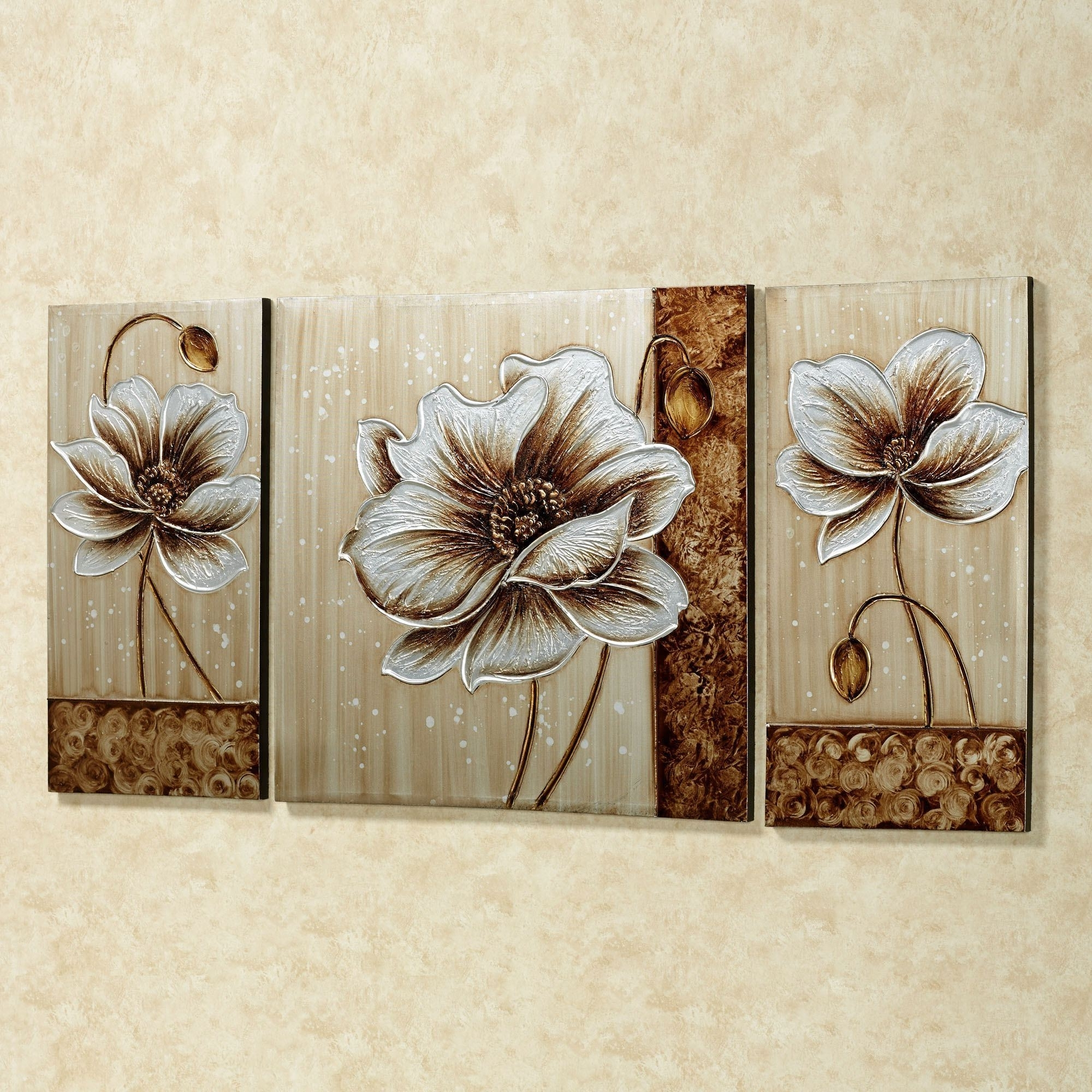 2018 Wall Art Sets Of 3 Within Subtle Elegance Floral Canvas Wall Art Set (View 3 of 15)