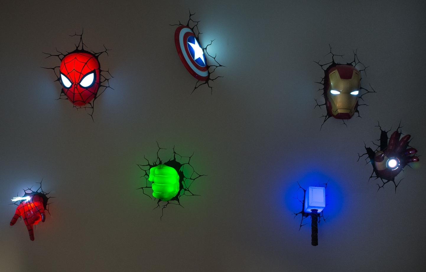 Avengers 3D Wall Art Night Lights Bundle Iron Man Hand Lot Of 7 Throughout Famous 3D Wall Art Night Light Spiderman Hand (View 4 of 15)