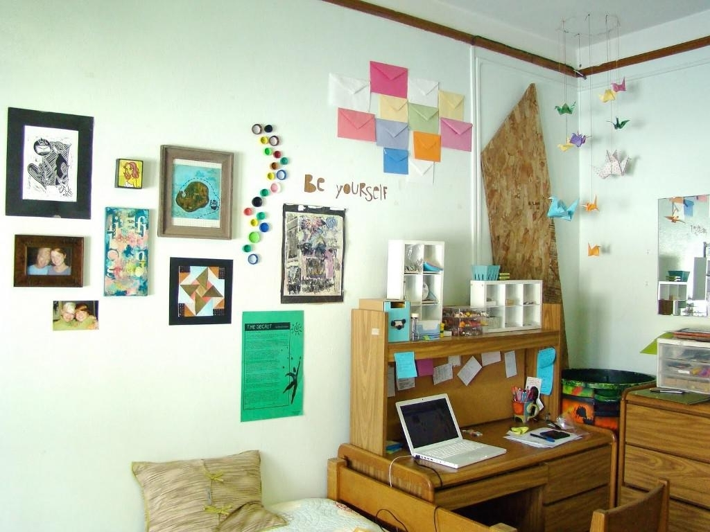 College Dorm Room Wall Decorating Ideas • Walls Ideas In Most Current Wall Art For College Dorms (View 14 of 15)