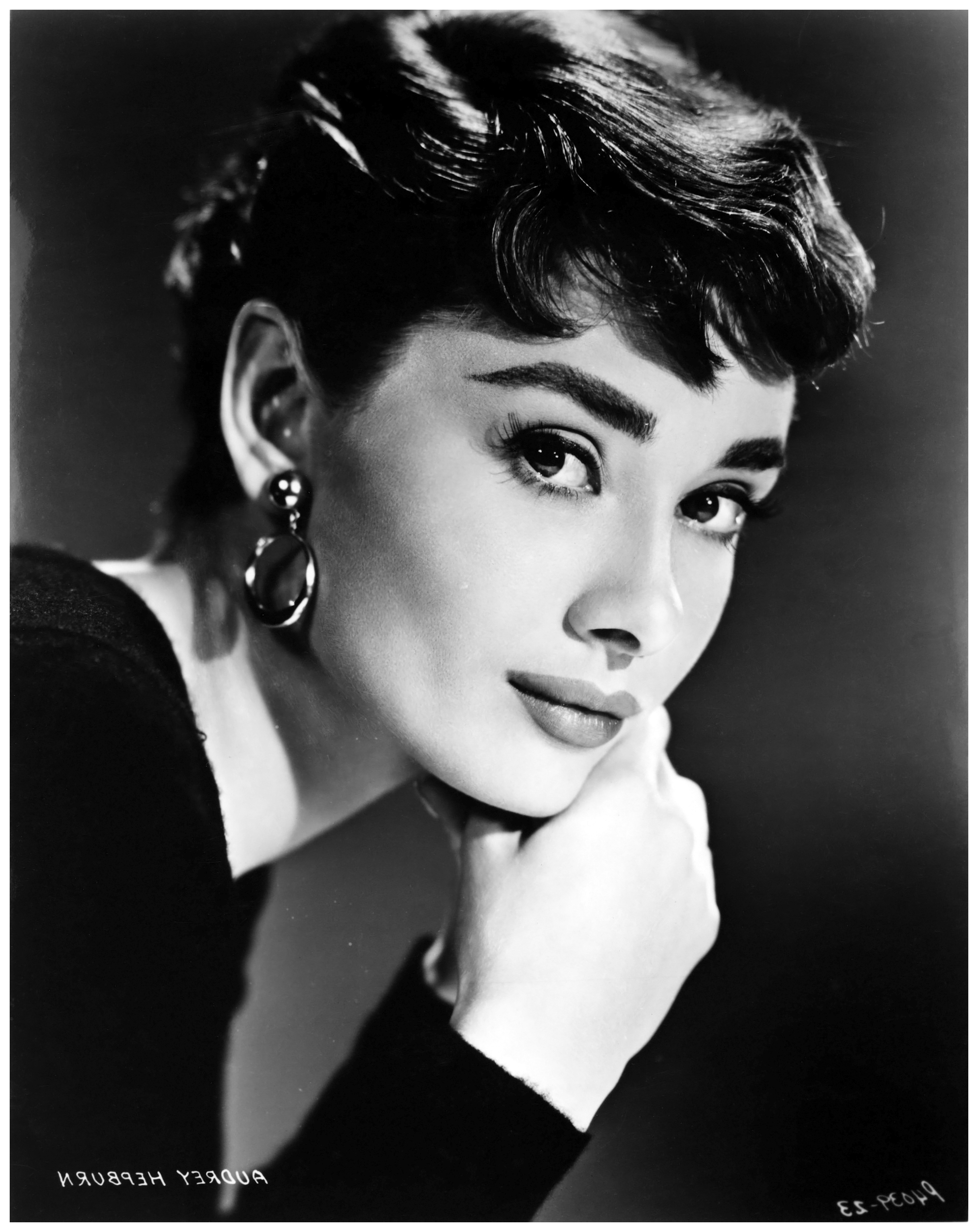 "Current Bud Fraker, Audrey Hepburn For ""sabrina"" Directedbilly Wylder Regarding Glamorous Audrey Hepburn Wall Art (View 5 of 15)"