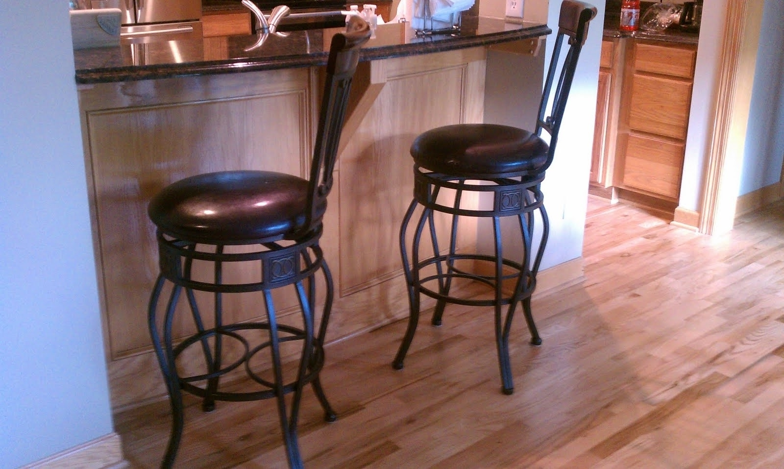 Fashionable Furniture: Traditional Kitchen Decoration With Costco Bar Stools Within Costco Wall Art (Gallery 7 of 15)