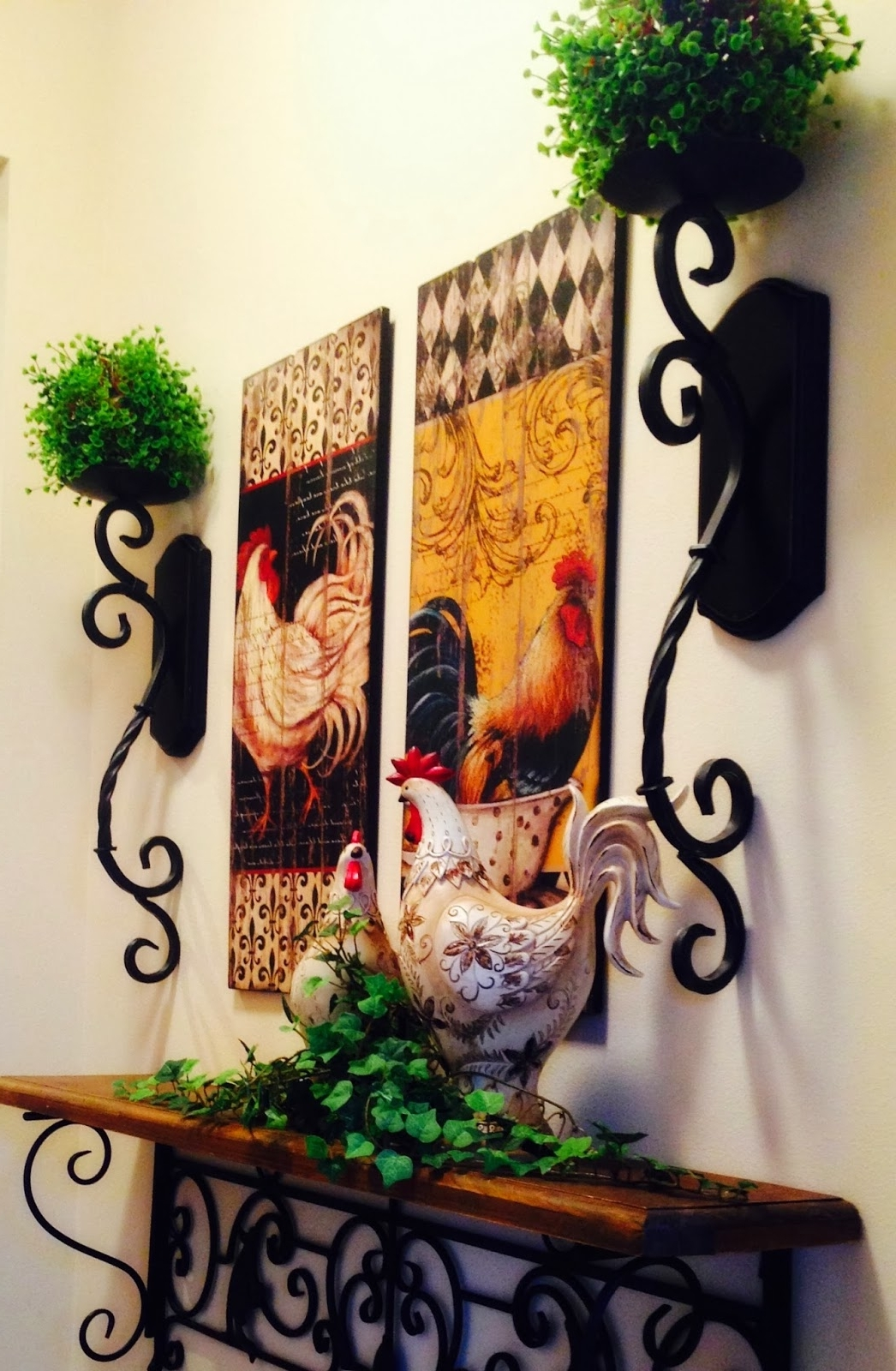 Fashionable The Tuscan Home: Wall Vignette (View 6 of 15)