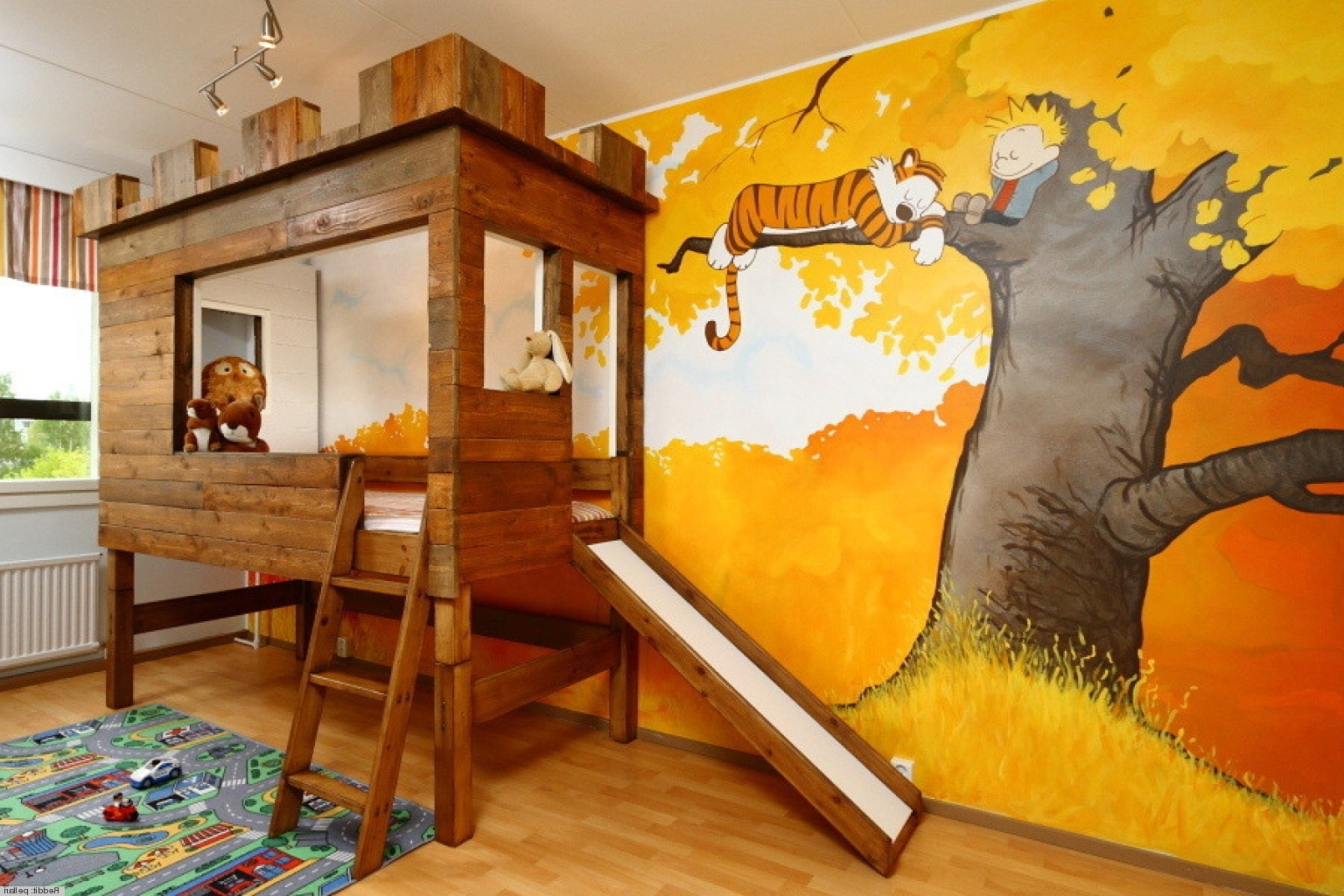 Favorite Calvin And Hobbes Wall Art Intended For Calvin And Hobbes' Kid's Bedoom Makes Us Want To Be Little Again (View 8 of 15)