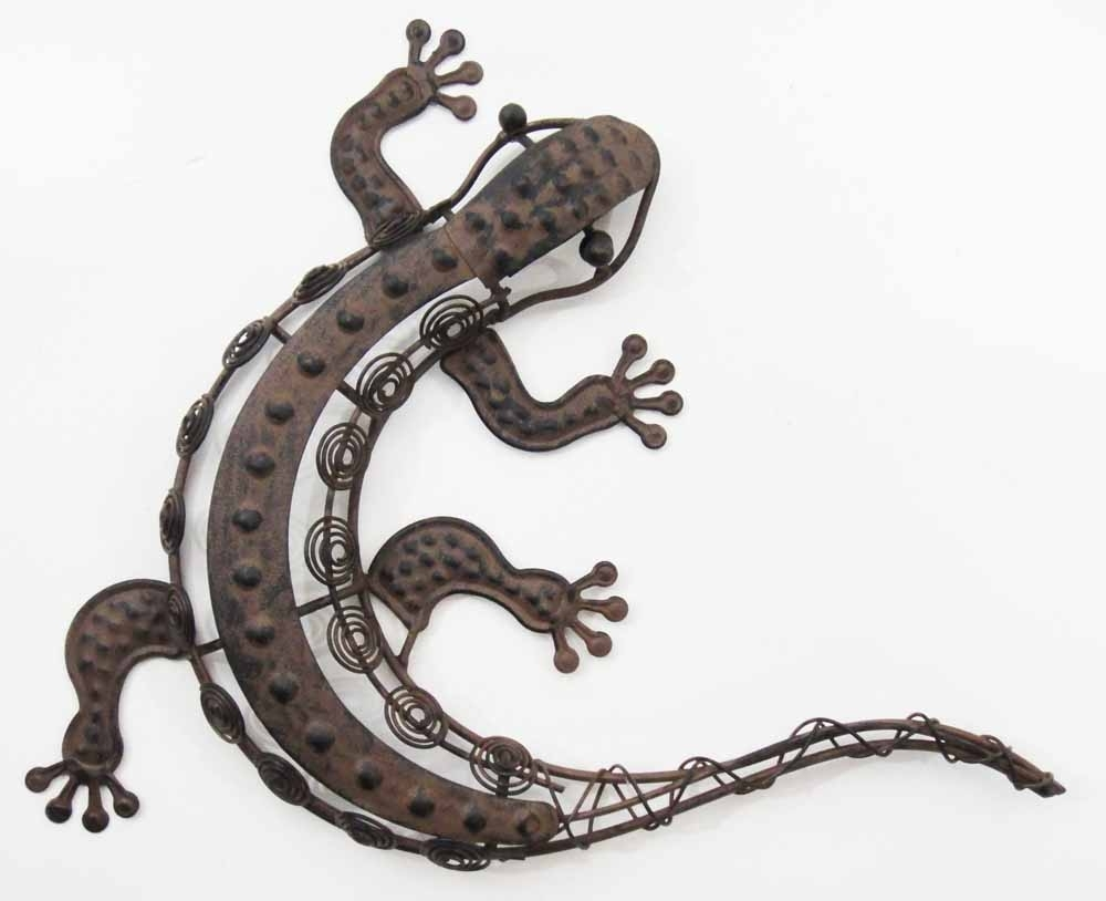 Gecko Outdoor Wall Art Regarding Famous Wall Art Decor: Awesome Painted Metal Lizard Wall Art With (Gallery 3 of 15)