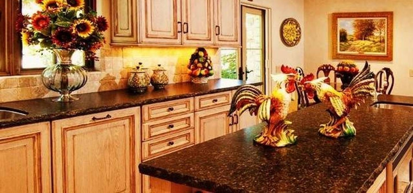 Kitchen With Italian Decor Wall Art And Ceramic Rooster Canisters Regarding Current Italian Themed Wall Art (Gallery 12 of 15)