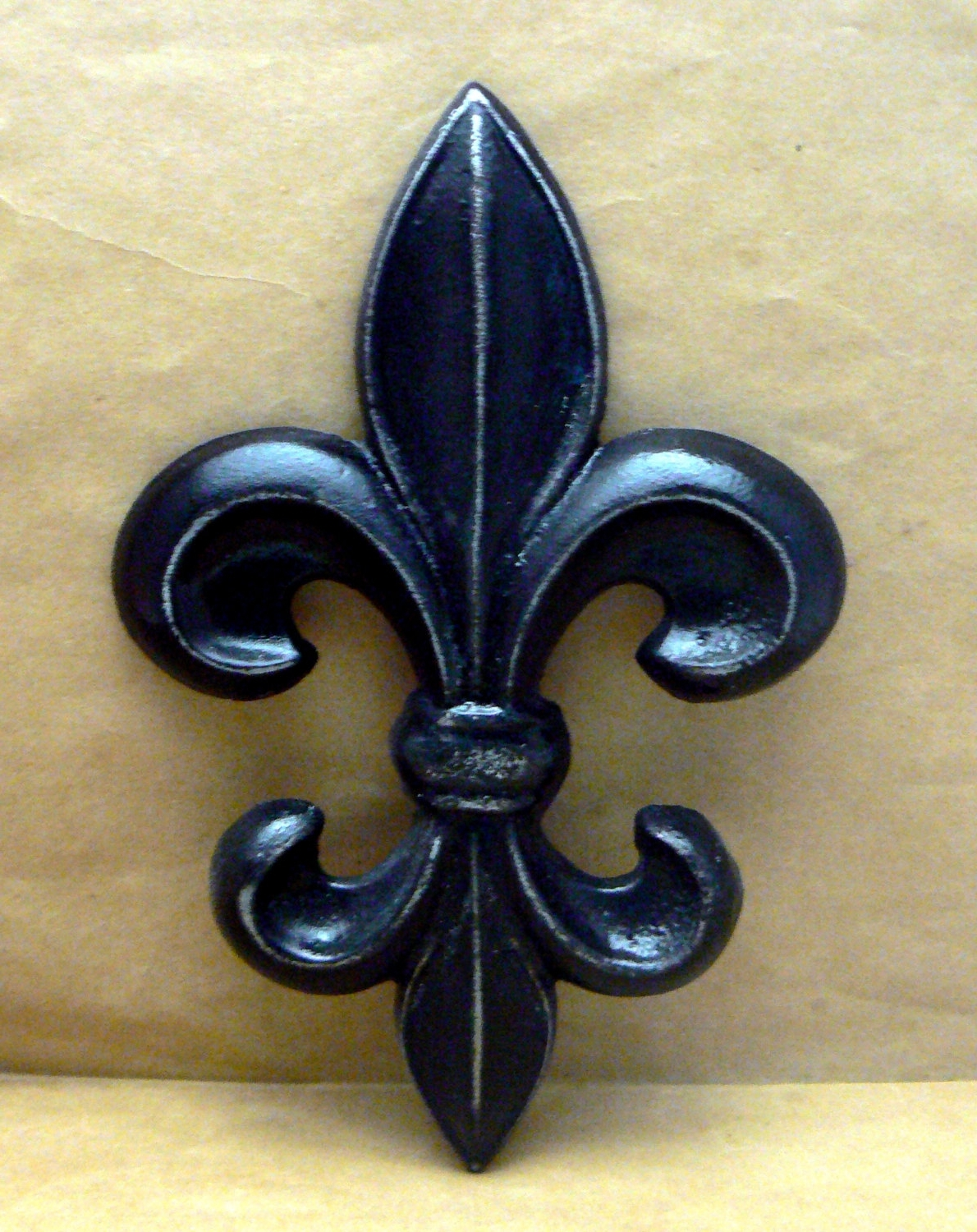 Metal Fleur De Lis Wall Art Intended For Popular Fleur De Lis Cast Iron Fdl Wall Art Black Shabby Chic Home Decor (View 7 of 15)