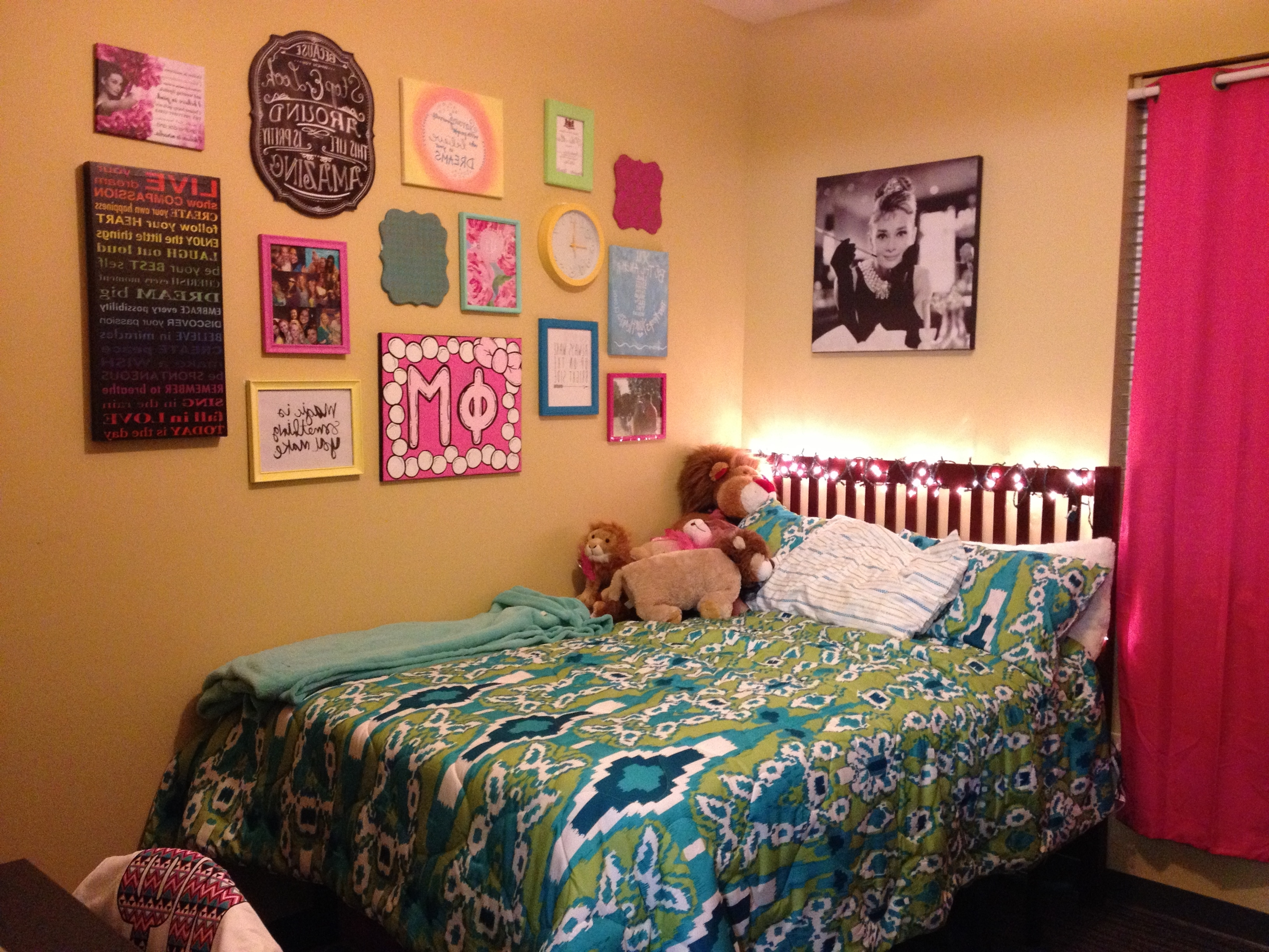 Most Current Dorm Room Wall Decorating Ideas Fair Design Inspiration F Throughout College Dorm Wall Art (View 3 of 15)