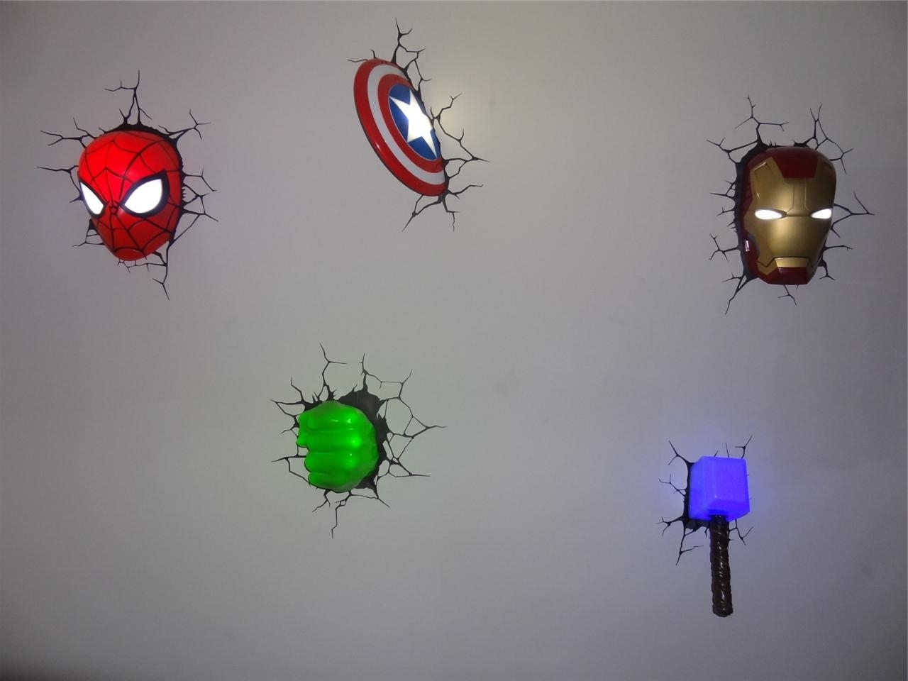 Most Current The Avengers 3d Wall Art Nightlight Within Marvel Comics Avengers 3d Deco Wall Art Night Light (s) Set Of (View 2 of 15)