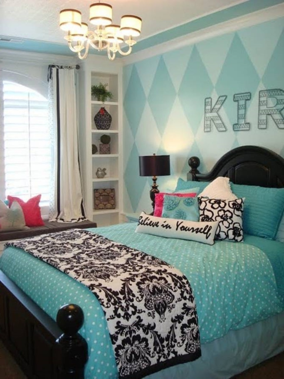 Most Current Wall Art For Teenage Girl Bedrooms Regarding Bedrooms : Teen Bedroom Accessories Wall Art Teenage Girl's Room (View 8 of 15)