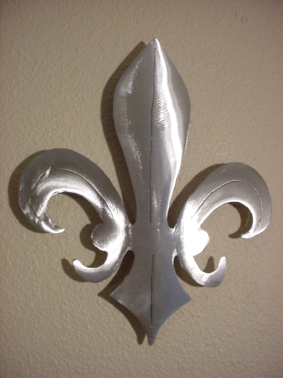 Most Up To Date Fleur De Lis New Orleans Saints Metal Wall Art Steel Fluer Home Throughout Fleur De Lis Metal Wall Art (View 3 of 15)