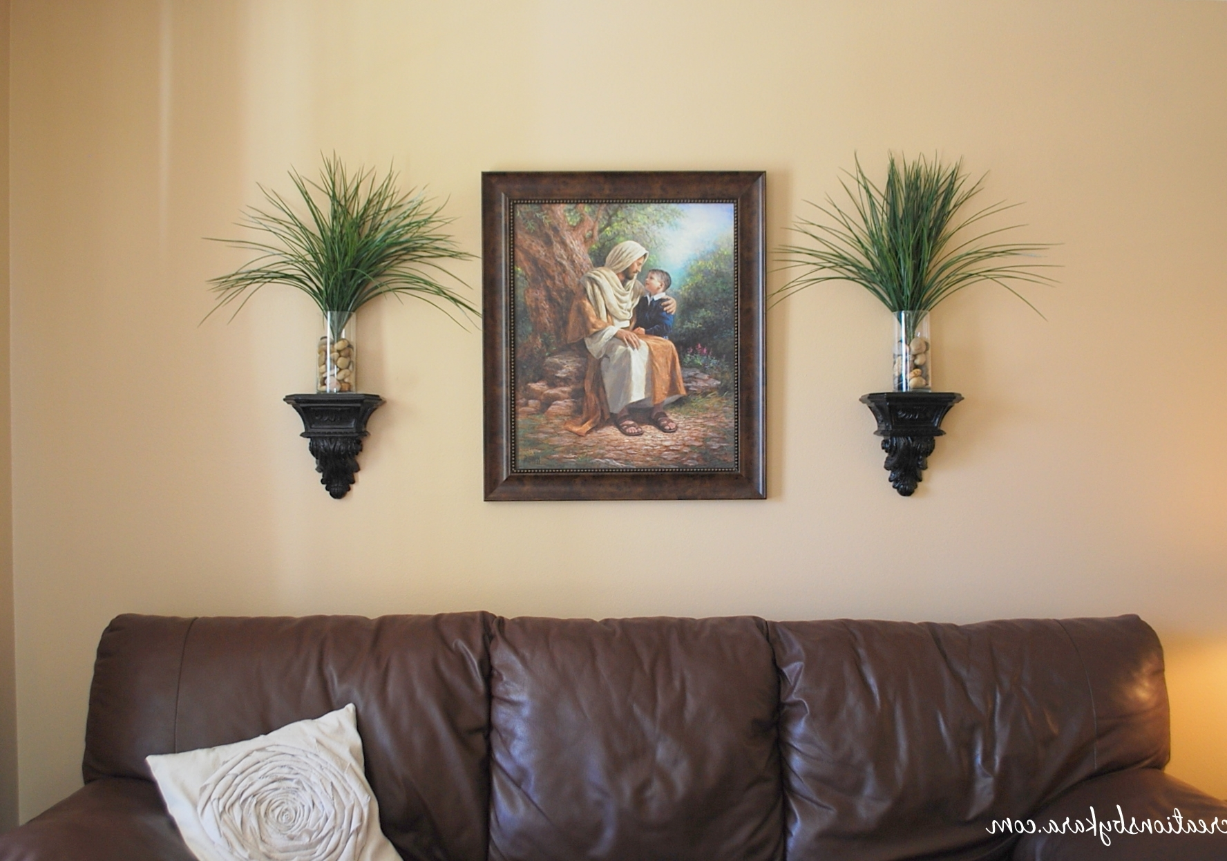 Most Up To Date Living Room Re Decorating: Wall Decor With Regard To Wall Pictures For Living Room (View 7 of 15)