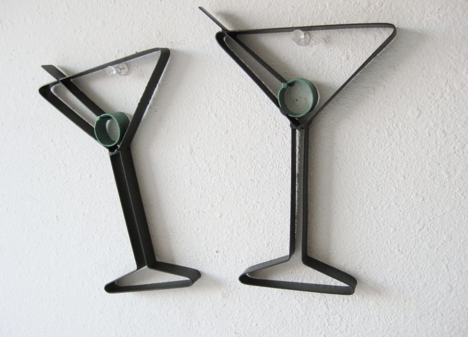 Newest Martini Glass Metal Wall Art Images Intended For Martini Glass Wall Art (View 10 of 15)