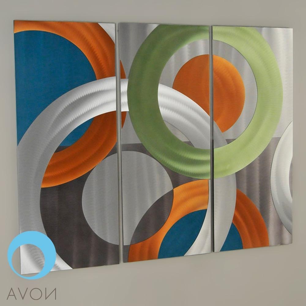 Nova (Gallery 7 of 15)