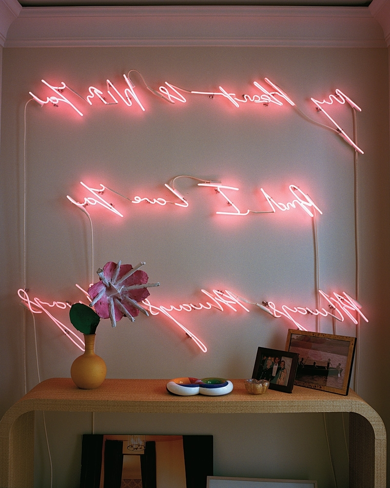 Featured Photo of Neon Light Wall Art