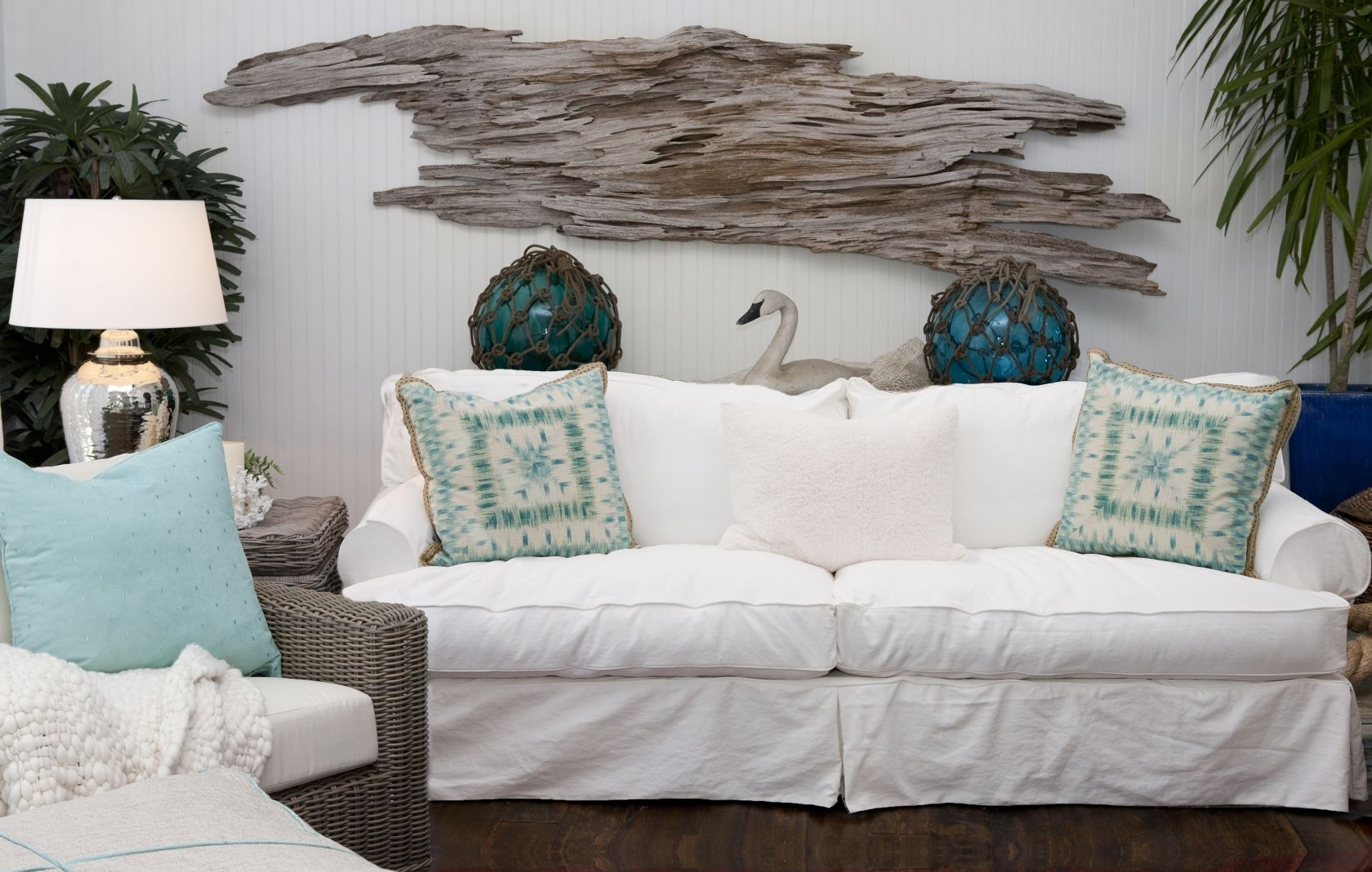 Popular Driftwood Inside Beach Cottage Wall Art (View 10 of 15)
