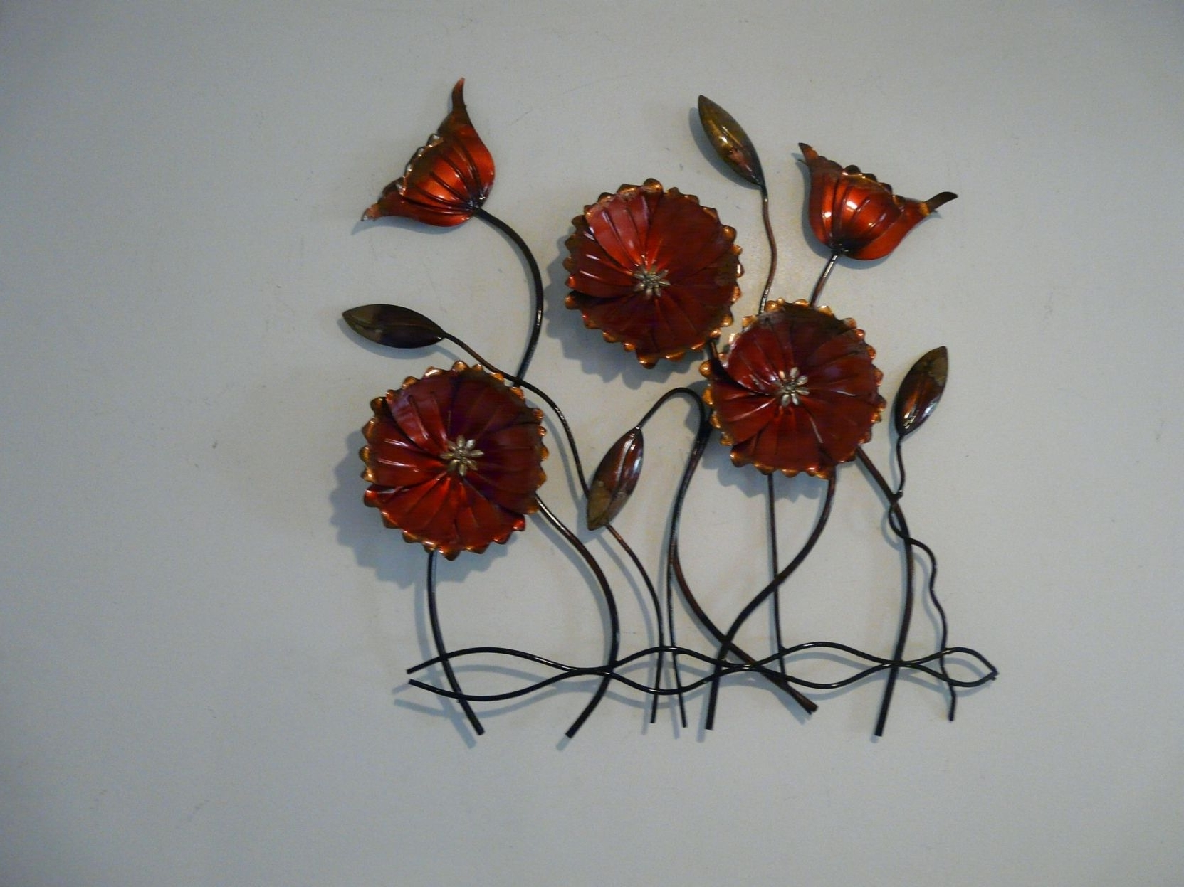 Best 15 Of Red Flower Metal Wall Art