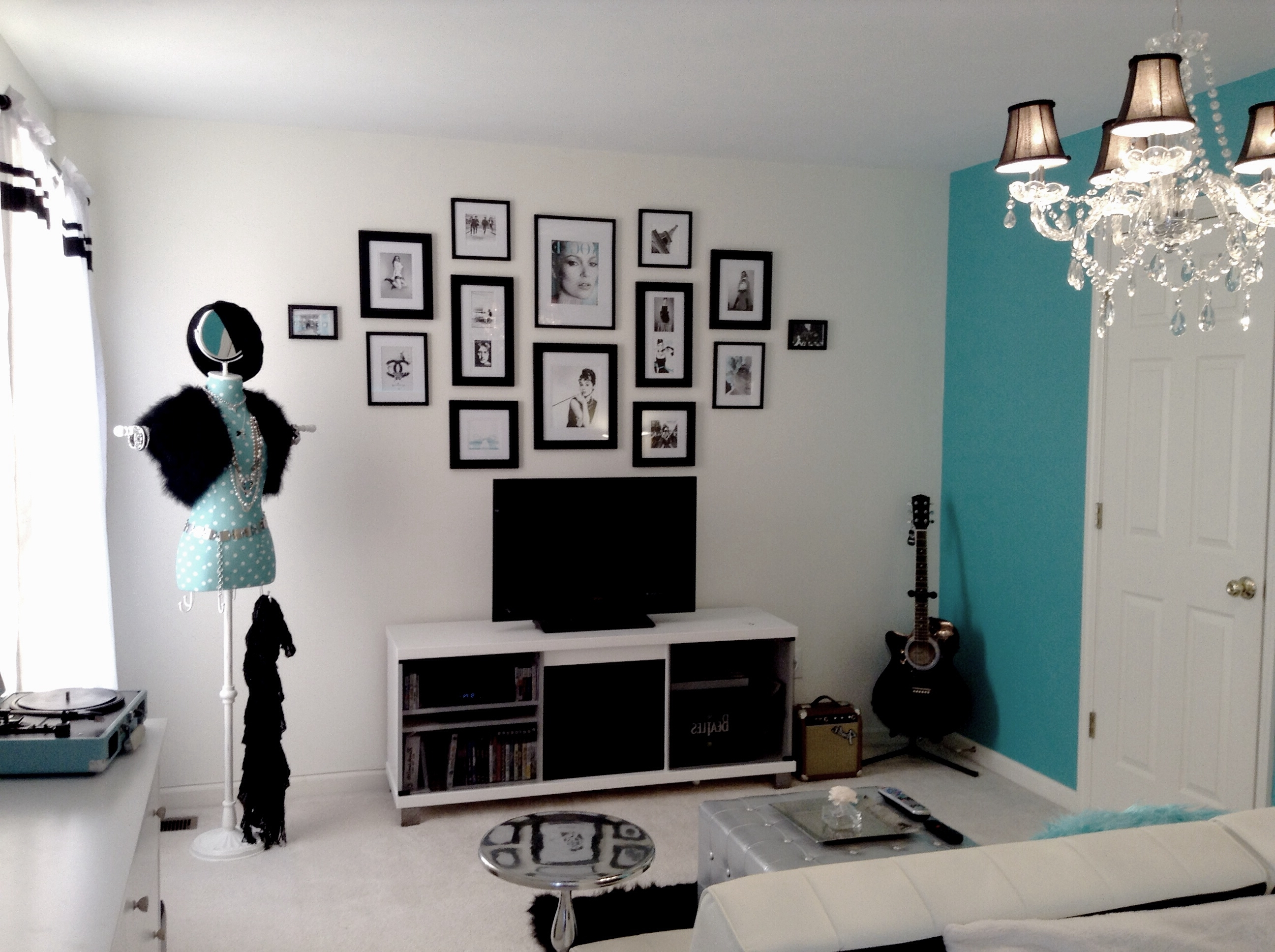 Popular Tiffany And Co Wall Art Throughout My Daughter Cassie's New Tiffany Inspired Room (View 7 of 15)