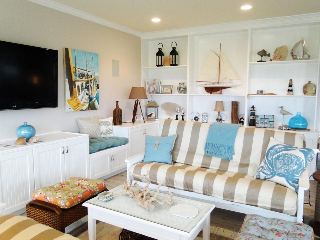 Preferred Beach Cottage Wall Decors With Regard To Beach Cottage Decor Living Room Sofas Table And Ornaments (View 12 of 15)