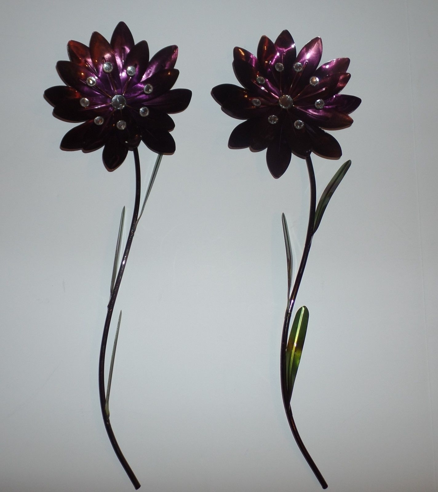 Purple Flower Metal Wall Art With Most Recent Set Of 2 Floral Metal Wall Art Sculpture Flowers White Gold (View 12 of 15)