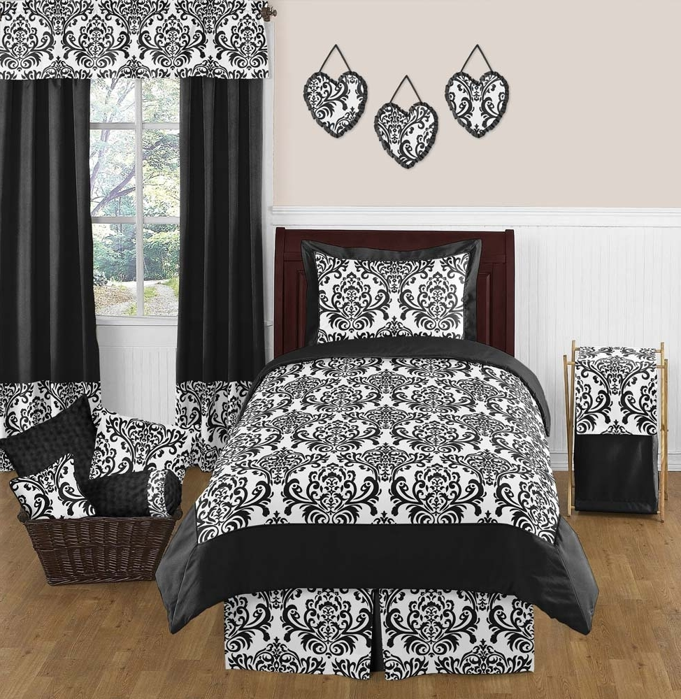 Spanish Bedroom Idea With Black And White Damask Decor On Sheet With Well Known Black And White Damask Wall Art (View 14 of 15)