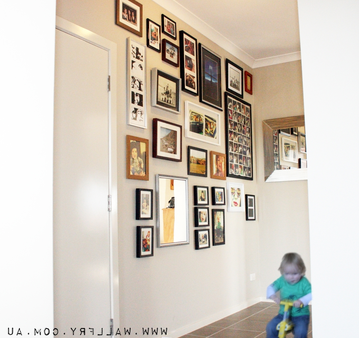 Wall Art: Top 10 Amazing Pictures Wall Frame Art Discount Art Inside Most Recently Released Wall Art Frames (View 9 of 15)