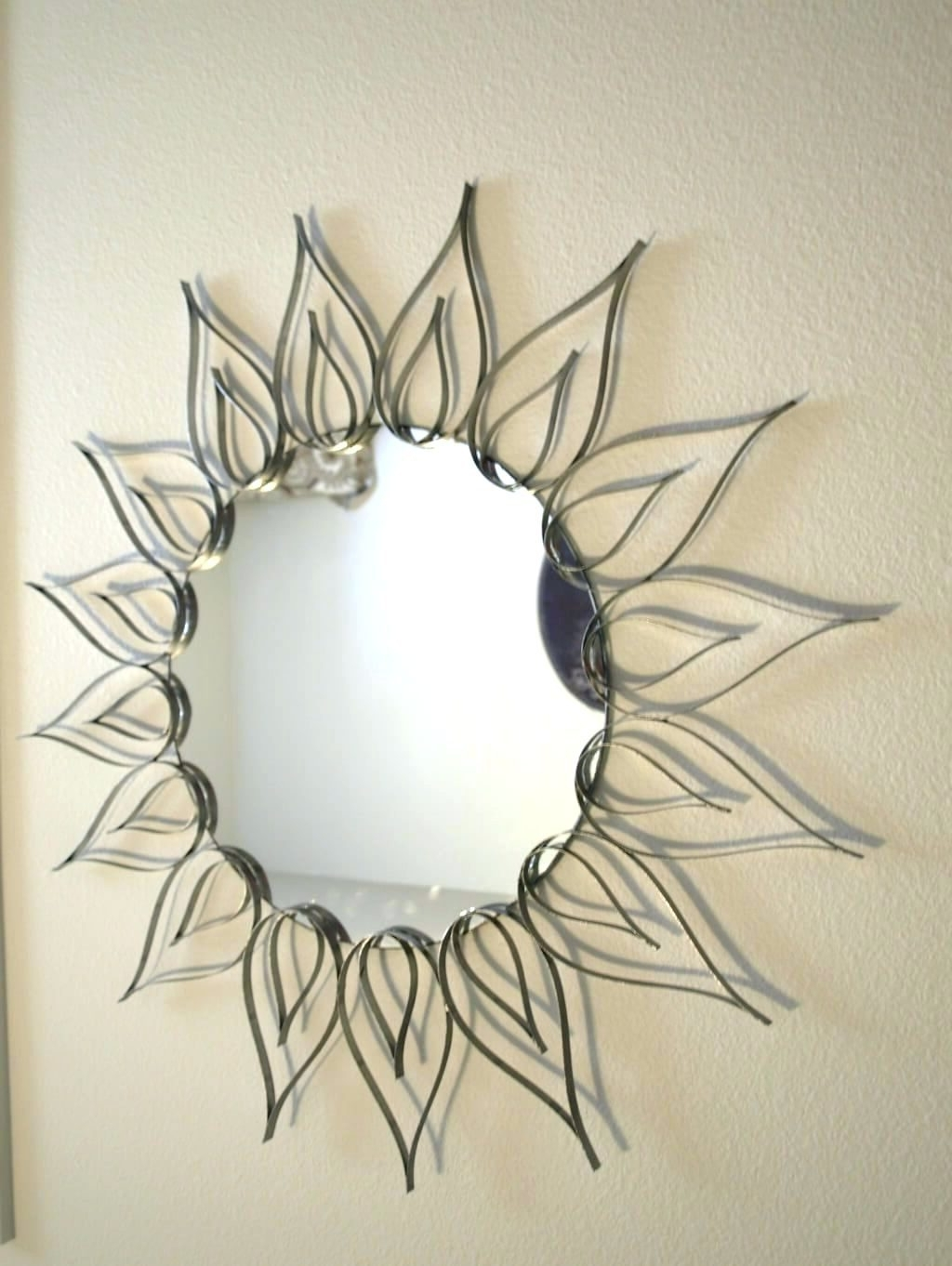 Wall Arts ~ Wall Mirrors Large Circle Mirror Wall Art Round In Best And Newest Small Round Mirrors Wall Art (View 14 of 15)