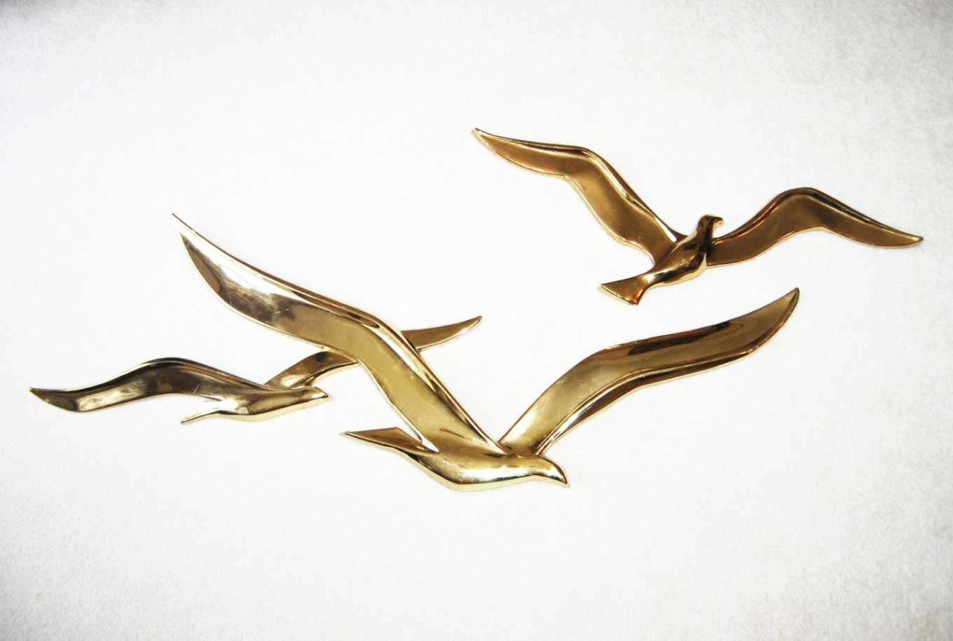 Well Known Flying Birds Metal Wall Art Gold Sculpture (View 13 of 15)