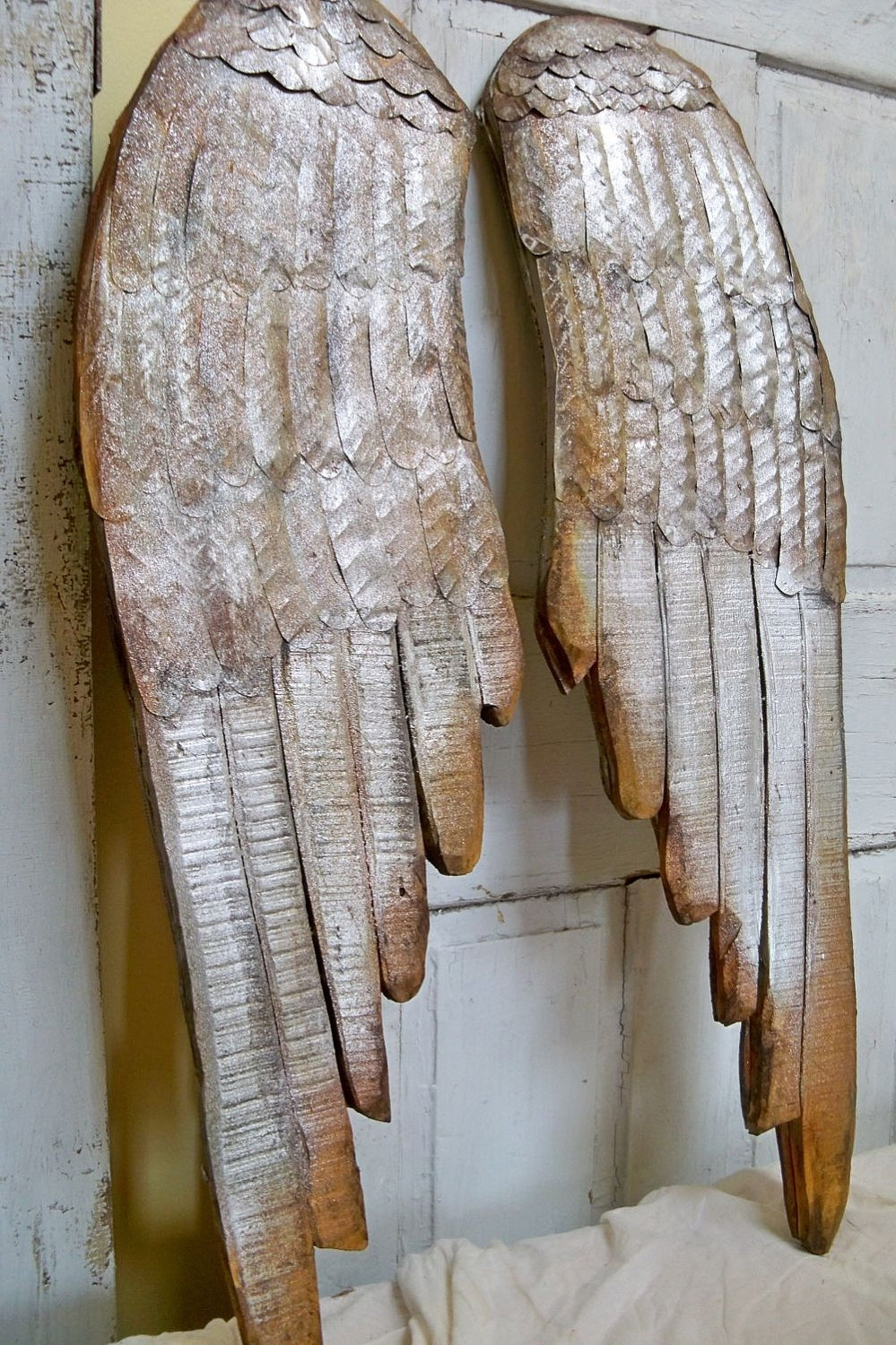 Wood Angel Wings Wall Decor (View 15 of 15)