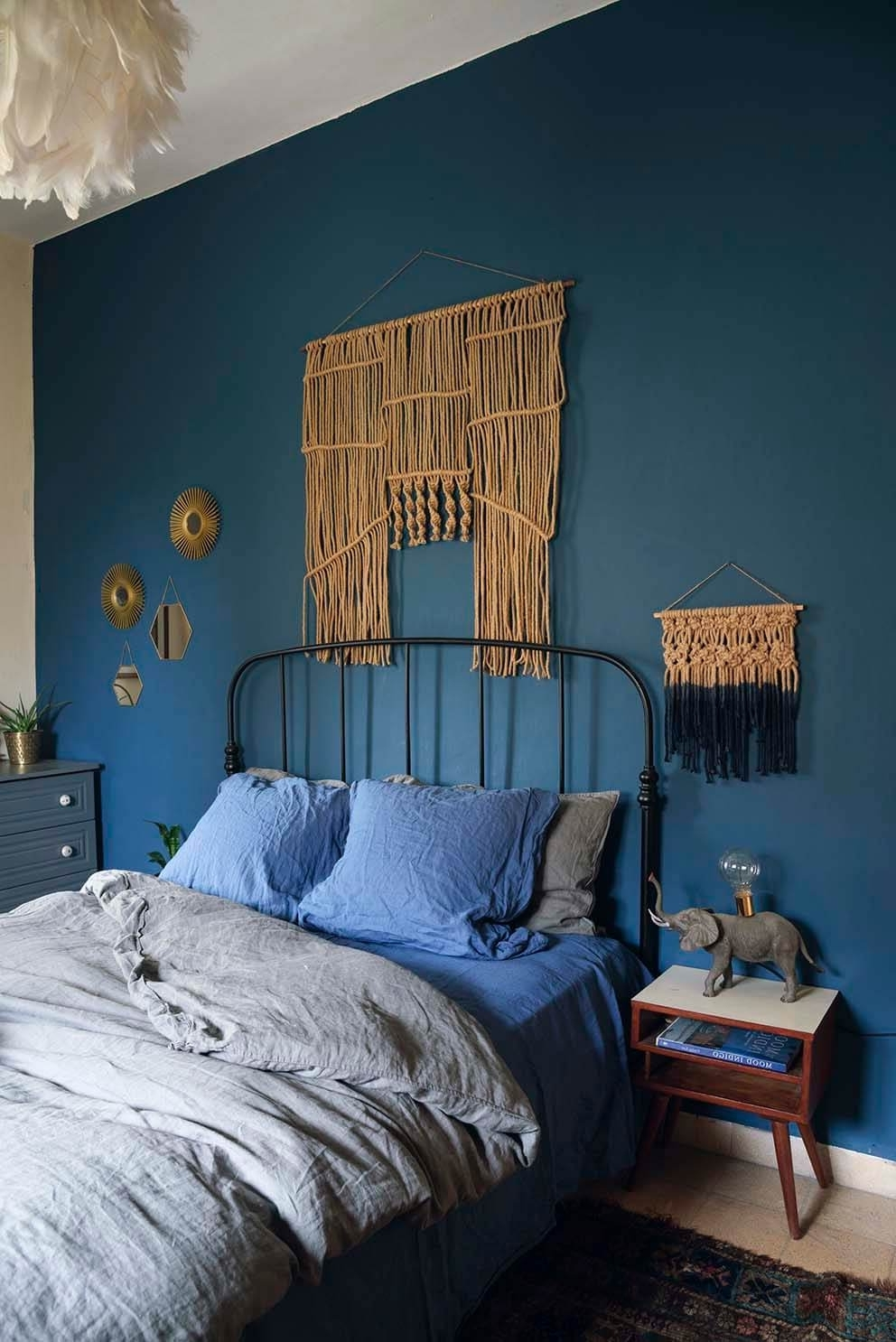 2017 Wall Accents For Blue Room Intended For This Is How To Decorate With Blue Walls (View 1 of 15)