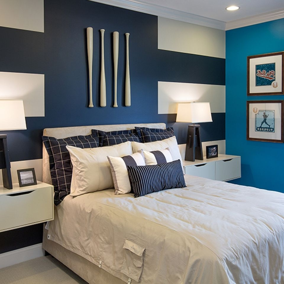 2018 How To Decorate A Bedroom With Striped Walls Pertaining To Stripe Wall Accents (Gallery 8 of 15)