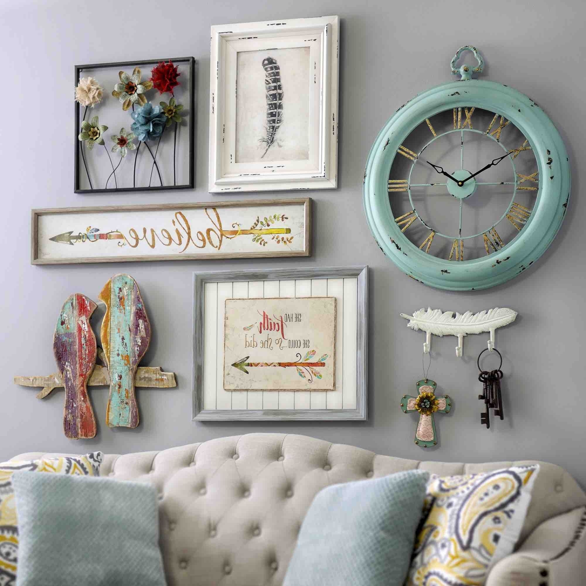 2018 Vintage Wall Accents For Bring A Shabby Chic Charm To Your Homeadding Pieces Of Wall (View 2 of 15)