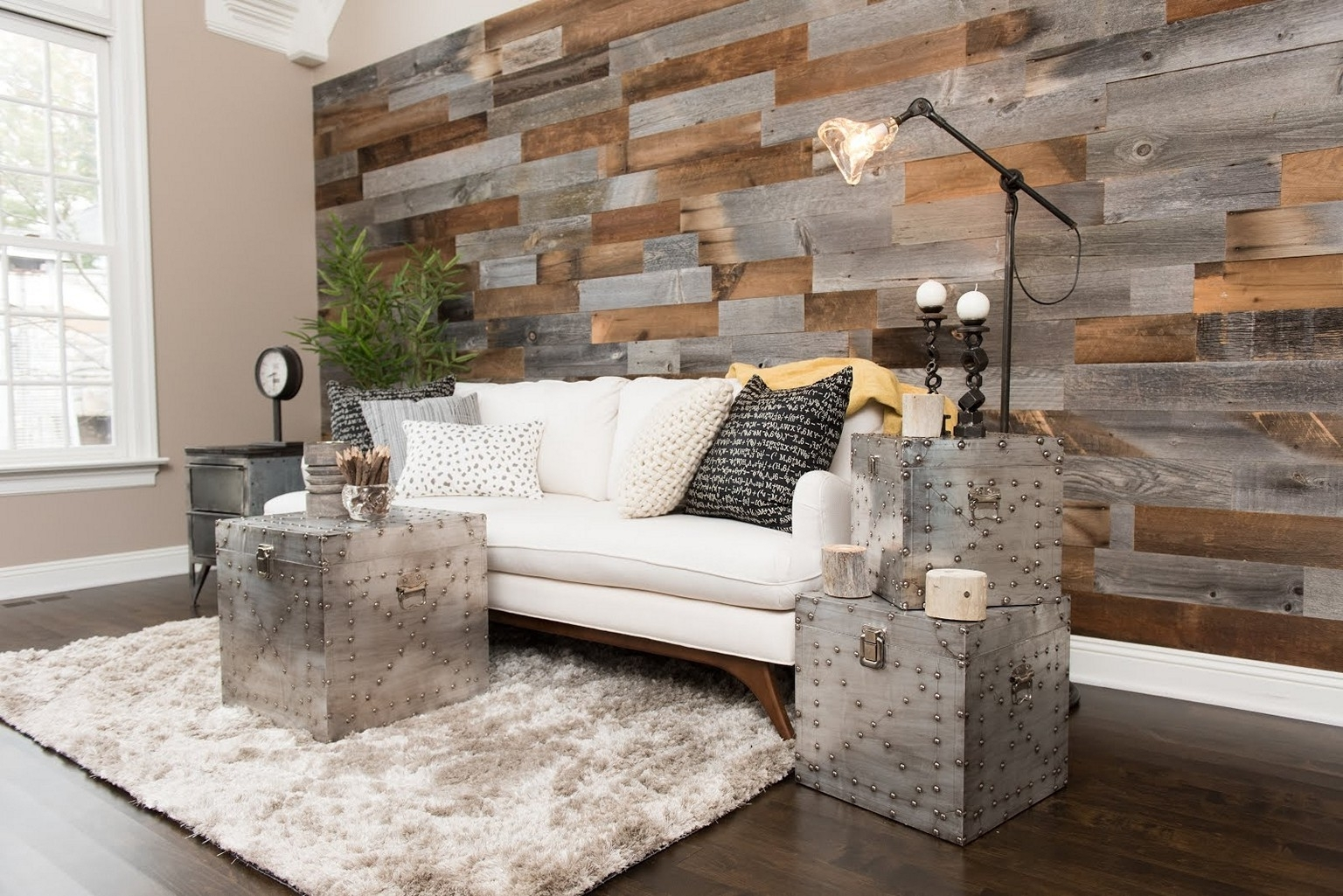 Barn Wood Wall Ideas • Walls Ideas Pertaining To Popular Wood Wall Accents (Gallery 8 of 15)