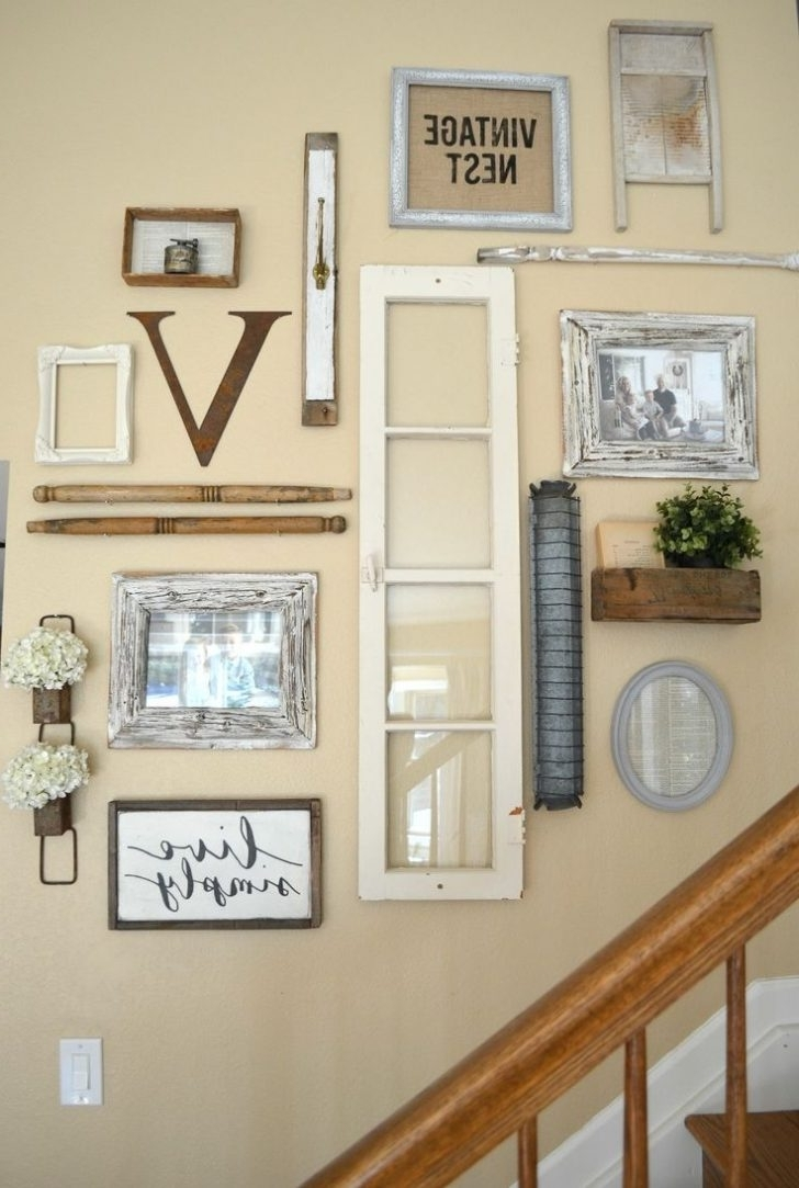 Current Ideas To Staircase Wall Decor (Gallery 5 of 15)