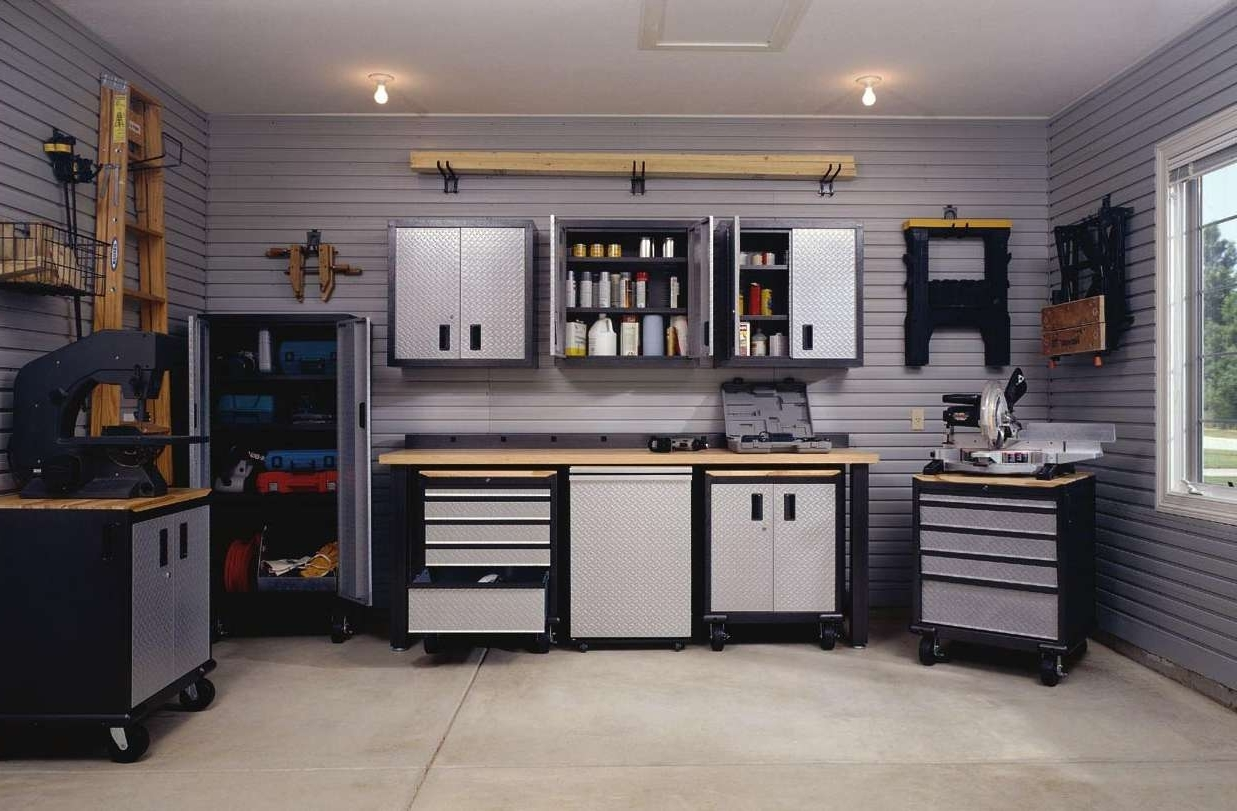 Famous Decorations : Classic Garage Idea With Brick Wall Accents Also With Regard To Garage Wall Accents (View 6 of 15)