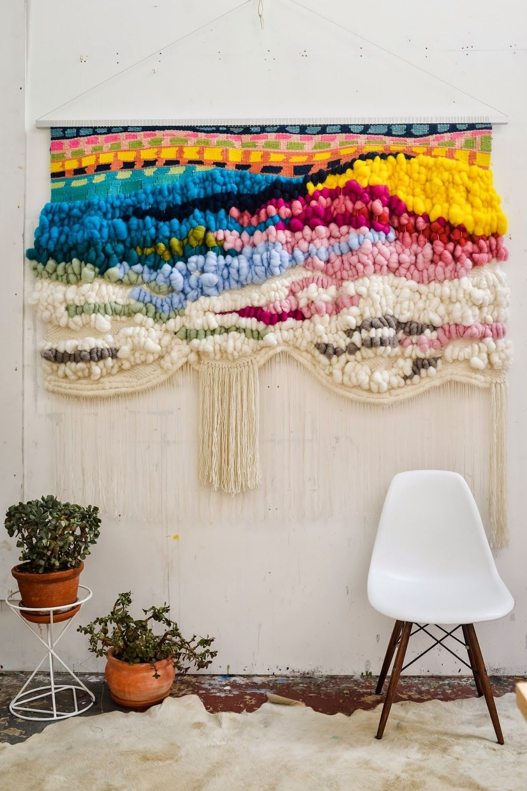 Fashionable Woven Textile Wall Art Throughout Trend Scout: The Best Of '70S Interior Design Trends For Today (View 5 of 15)