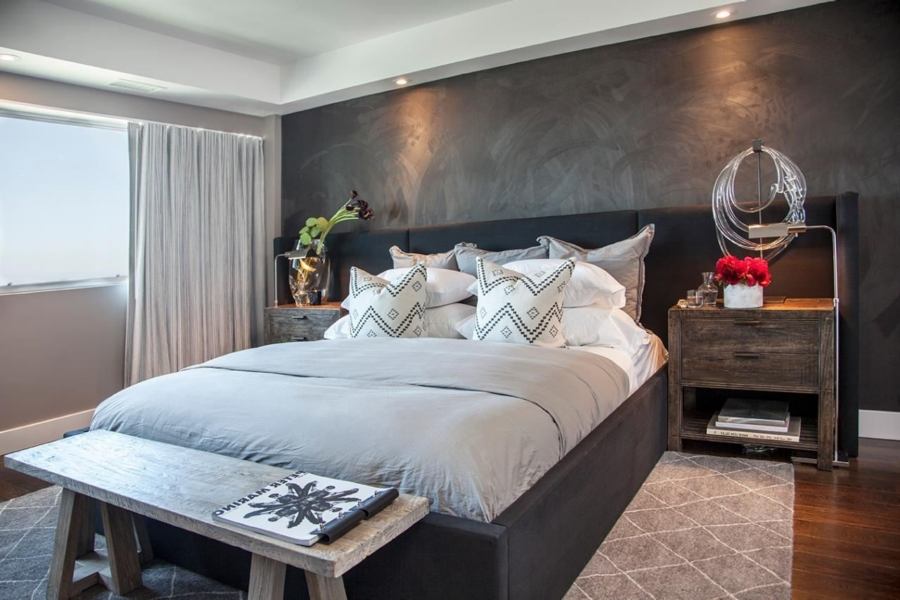 Favorite Small Bedroom With Accent Wall Love Letter Accent In Gray Paint Regarding Wall Accents For Small Bedroom (View 5 of 15)