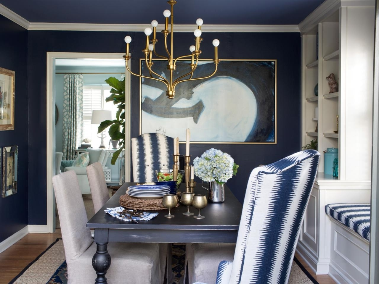 Hgtv's Decorating Inside Wall Accents For Blue Room (Gallery 15 of 15)