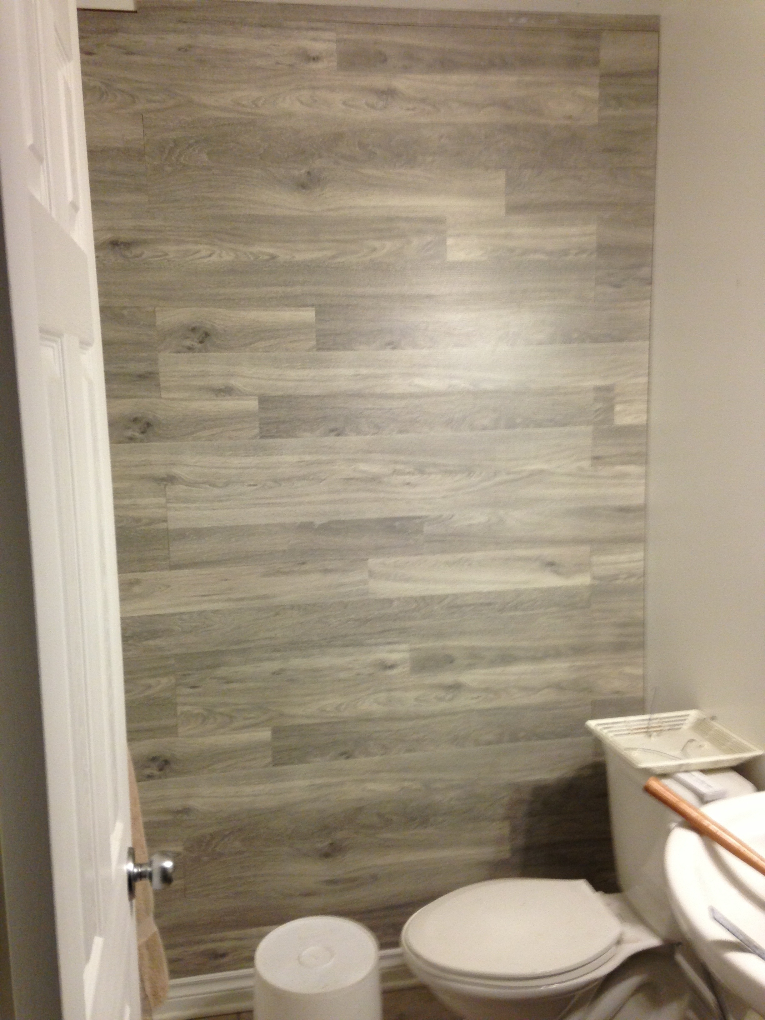 Laminate Flooring On Accent Wall Throughout Recent Wall Accents With Laminate Flooring (View 7 of 15)
