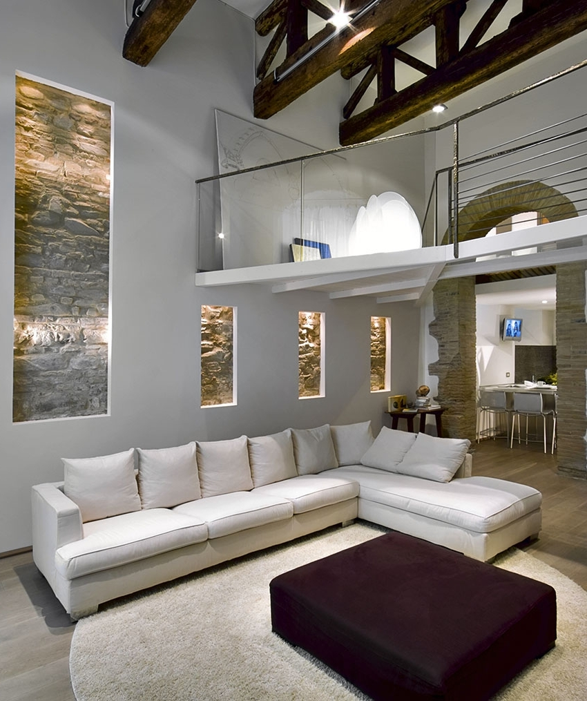 Painting Accent Wall In High Ceiling Living Room: 15 Inspirations Of High Ceiling Wall Accents