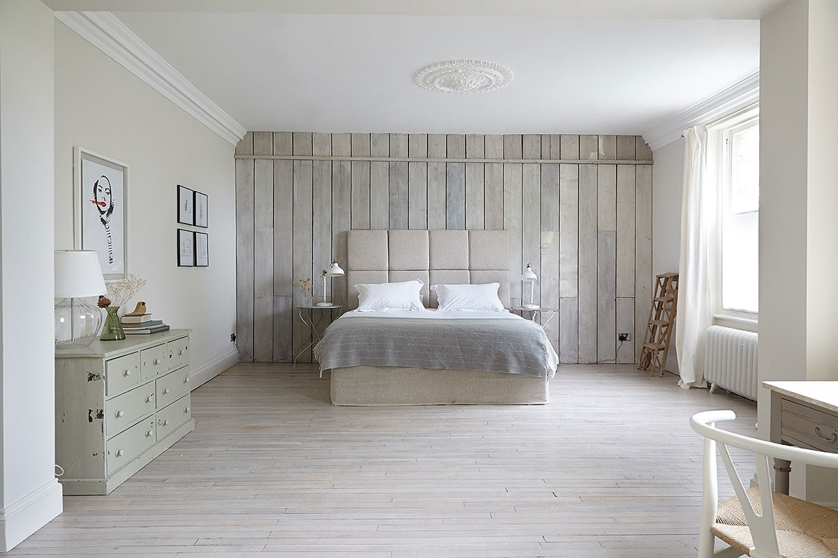 Most Popular Design Highlight: Accent Walls Behind Your Bed (Gallery 6 of 15)
