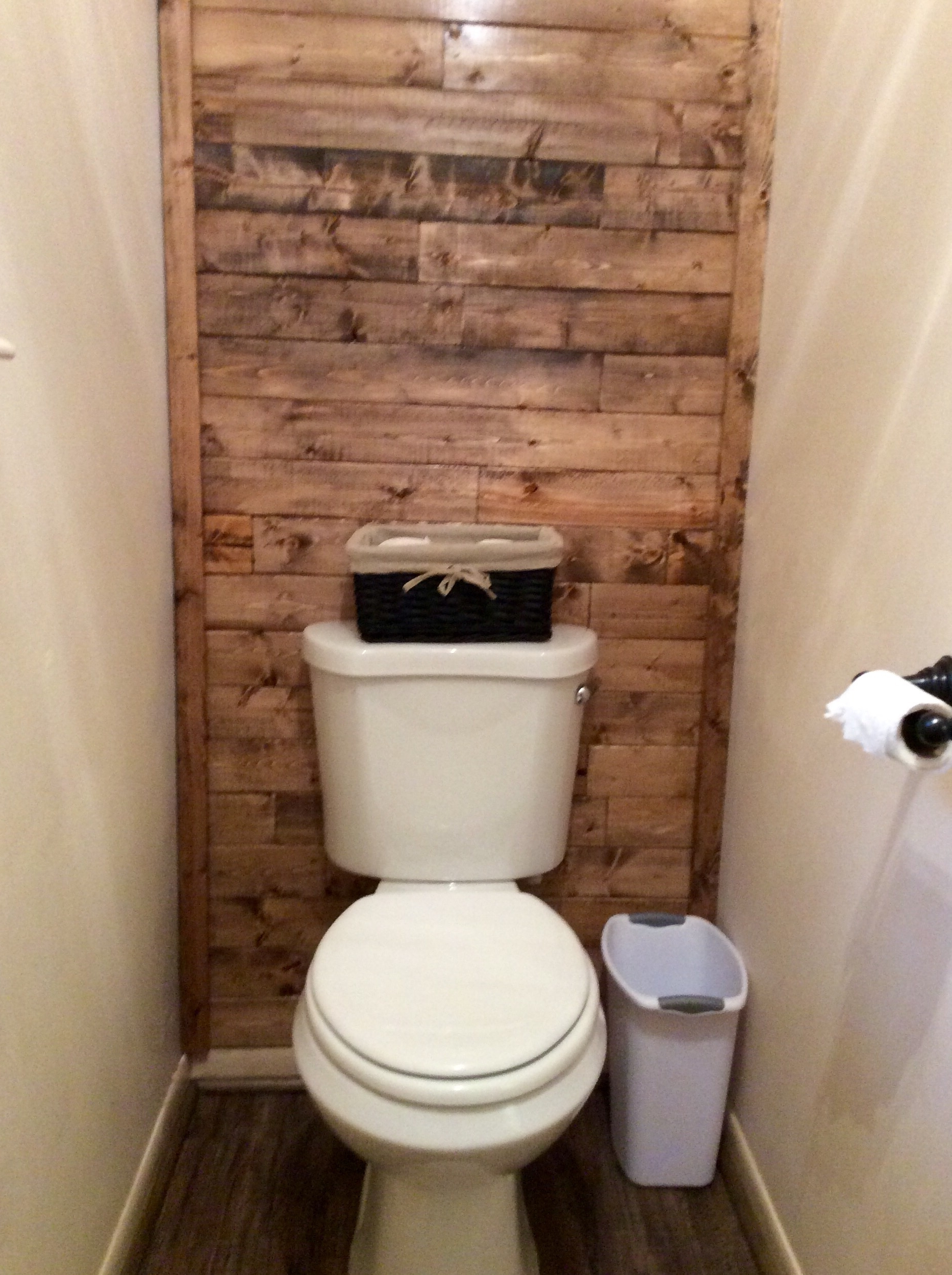 Most Popular Wall Accents Behind Toilet Regarding Scrap Wood Accent Wall (View 6 of 15)