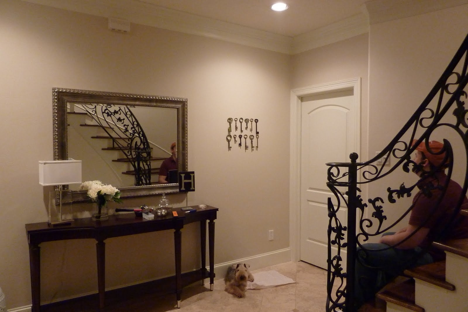 Most Recent Decorating Entryways Walls – Davotanko Home Interior Pertaining To Entryway Wall Accents (View 12 of 15)