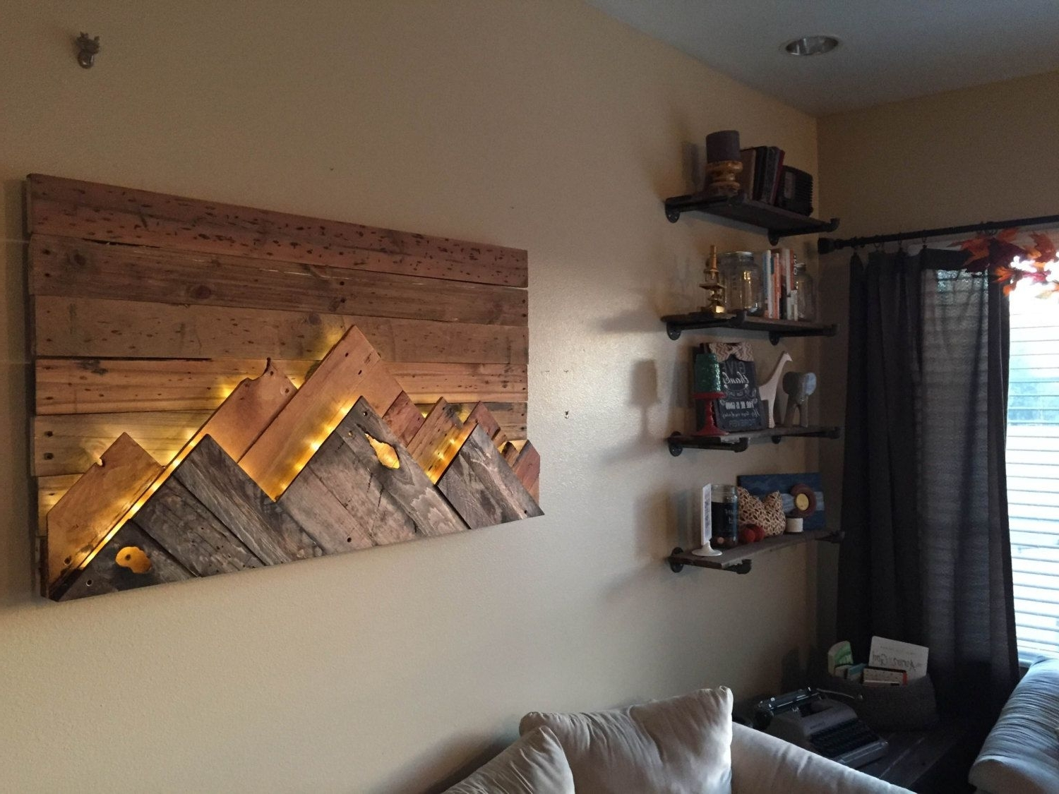 Mountain Range, Ranges And Walls Intended For Trendy Wall Accents With Pallets (View 6 of 15)