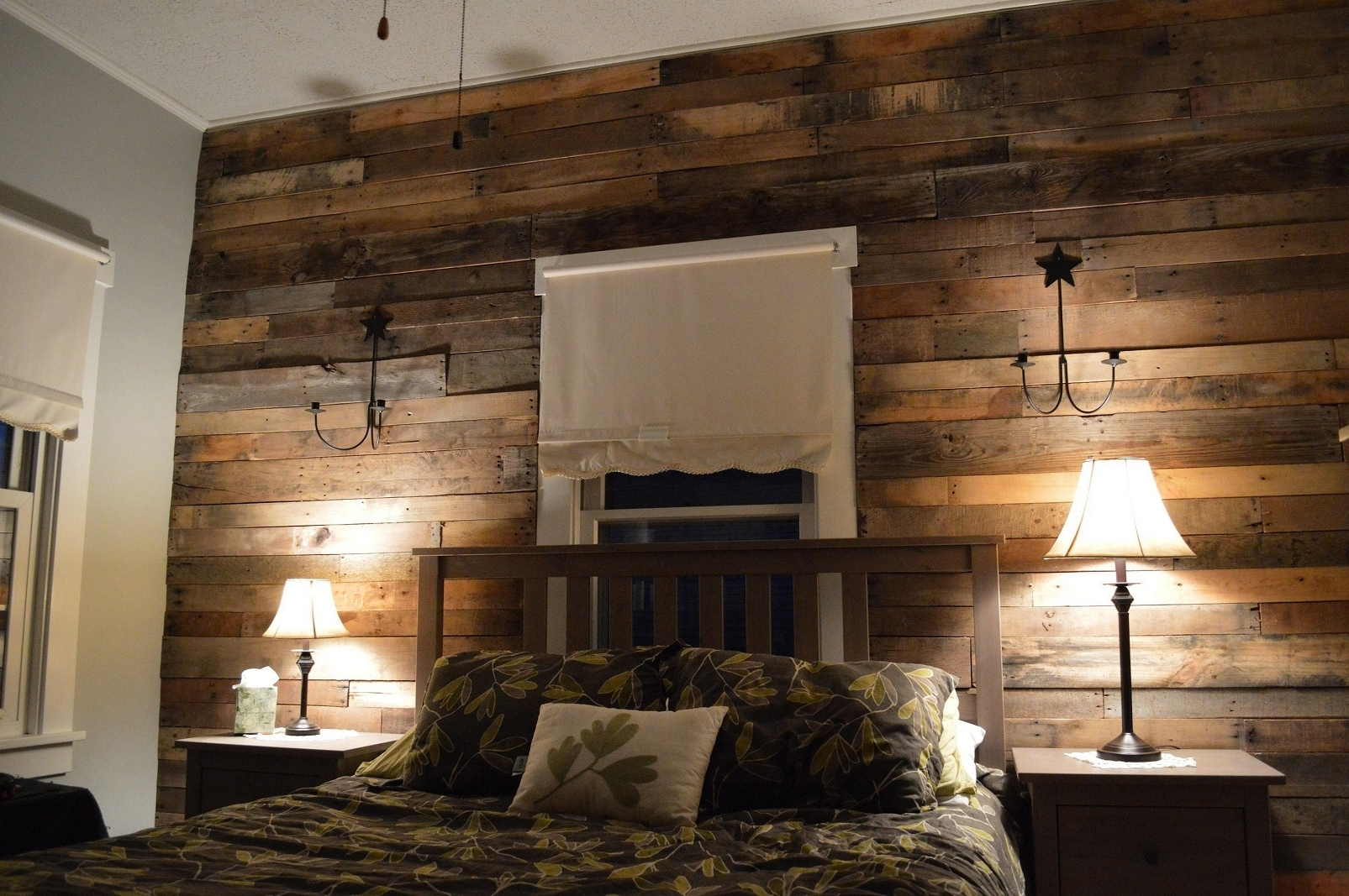 Newest Wood Pallet Wall For Hotter Home Interior Decor, Wall Decor Home Regarding Wood Pallets Wall Accents (View 7 of 15)