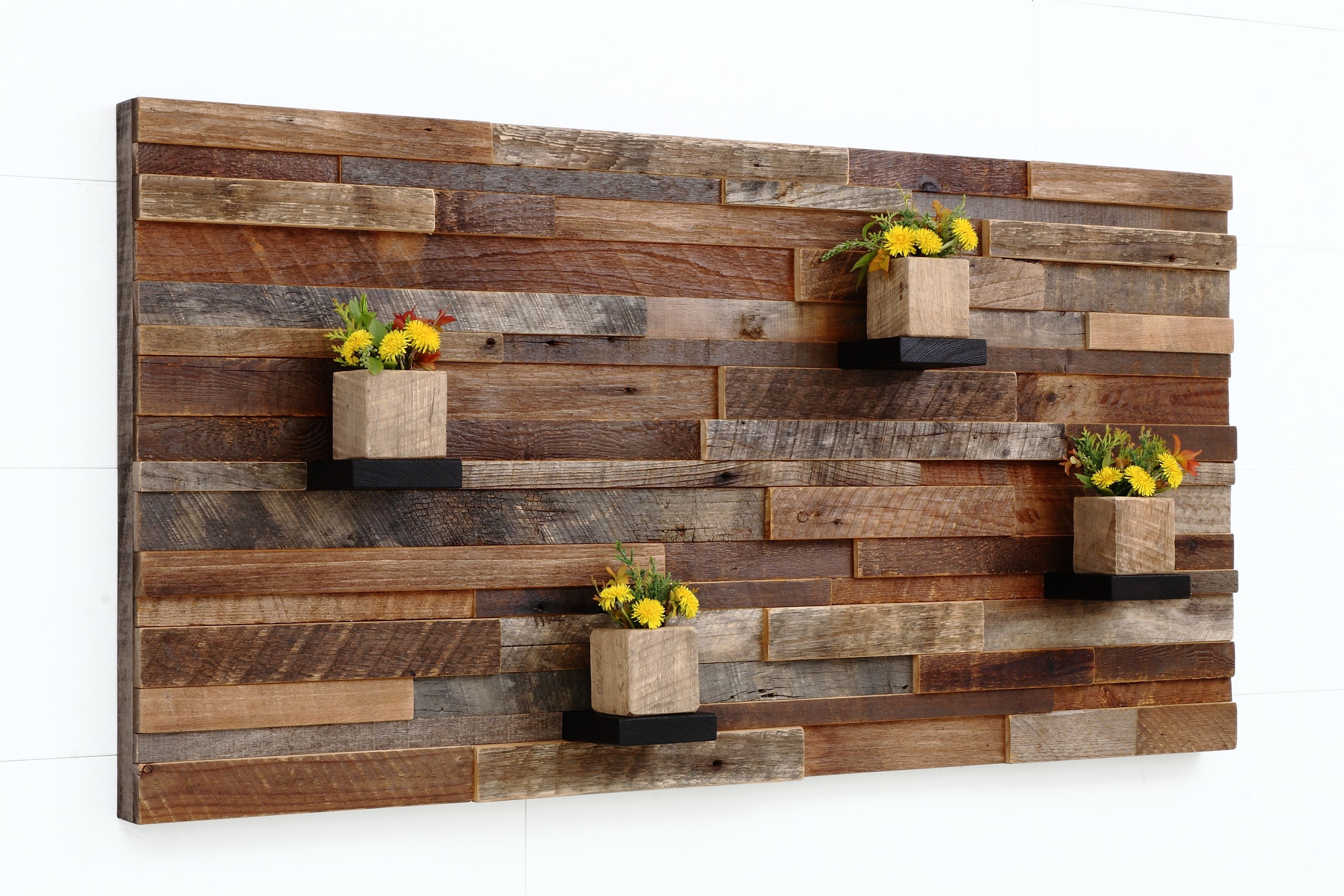 Featured Photo of Wooden Wall Accents