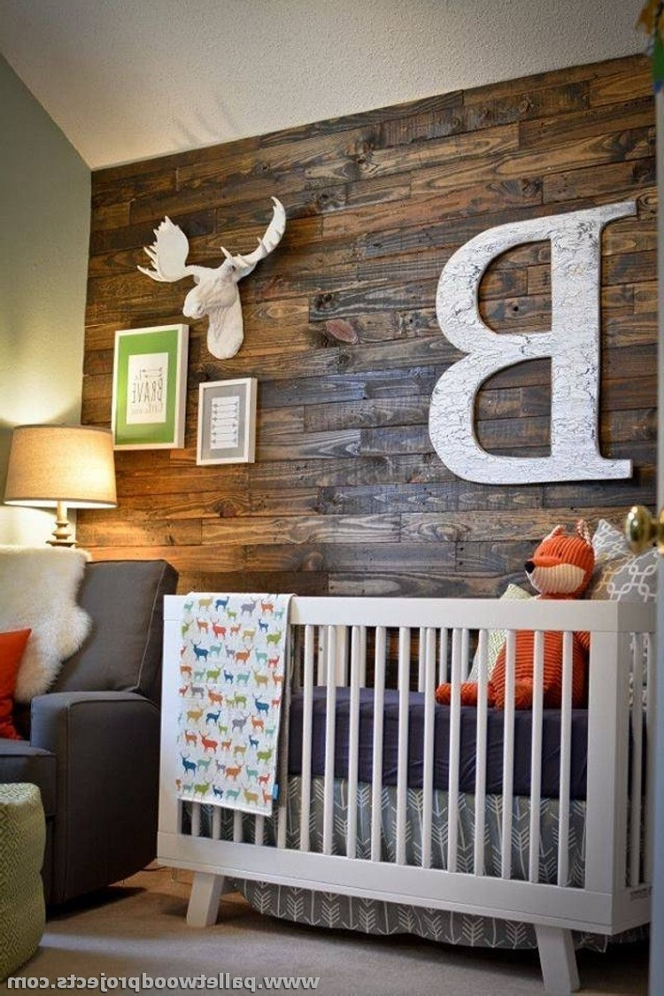 Featured Photo of Wall Accents Made From Pallets