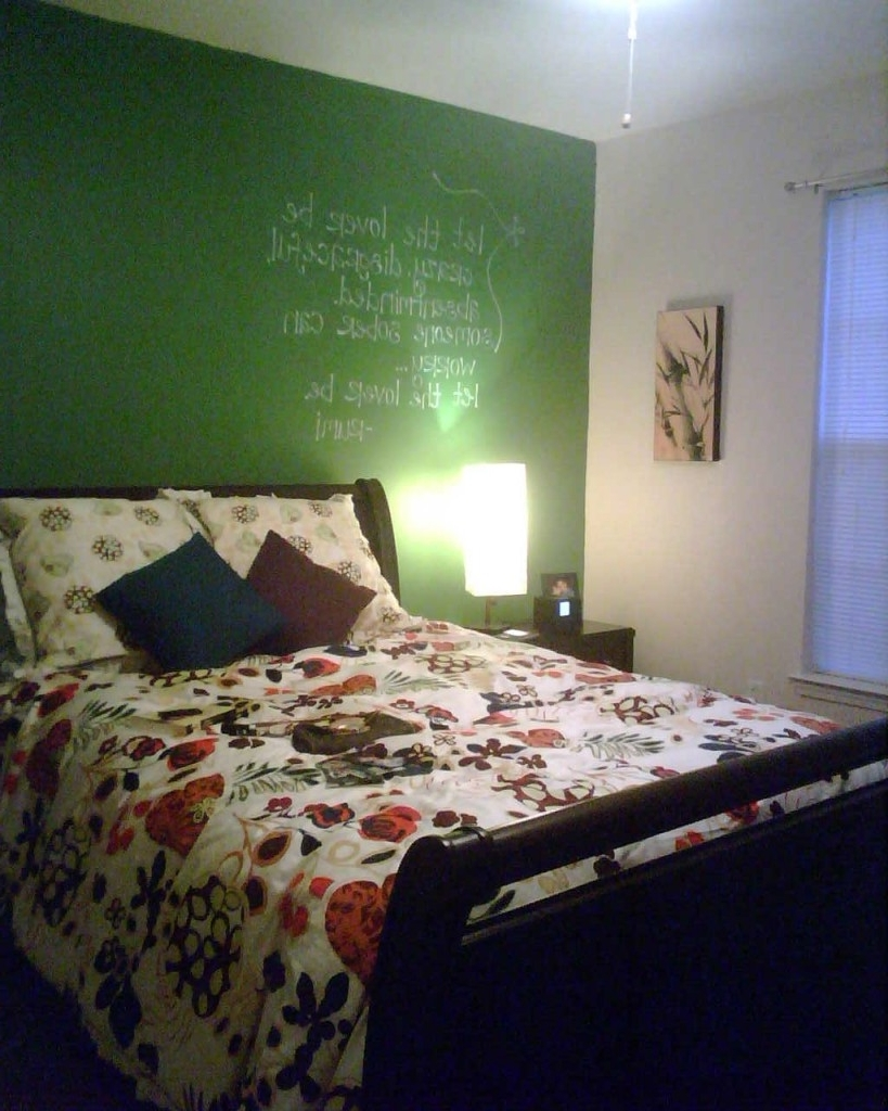 Recent Green Bedroom Accent Wall (View 14 of 15)
