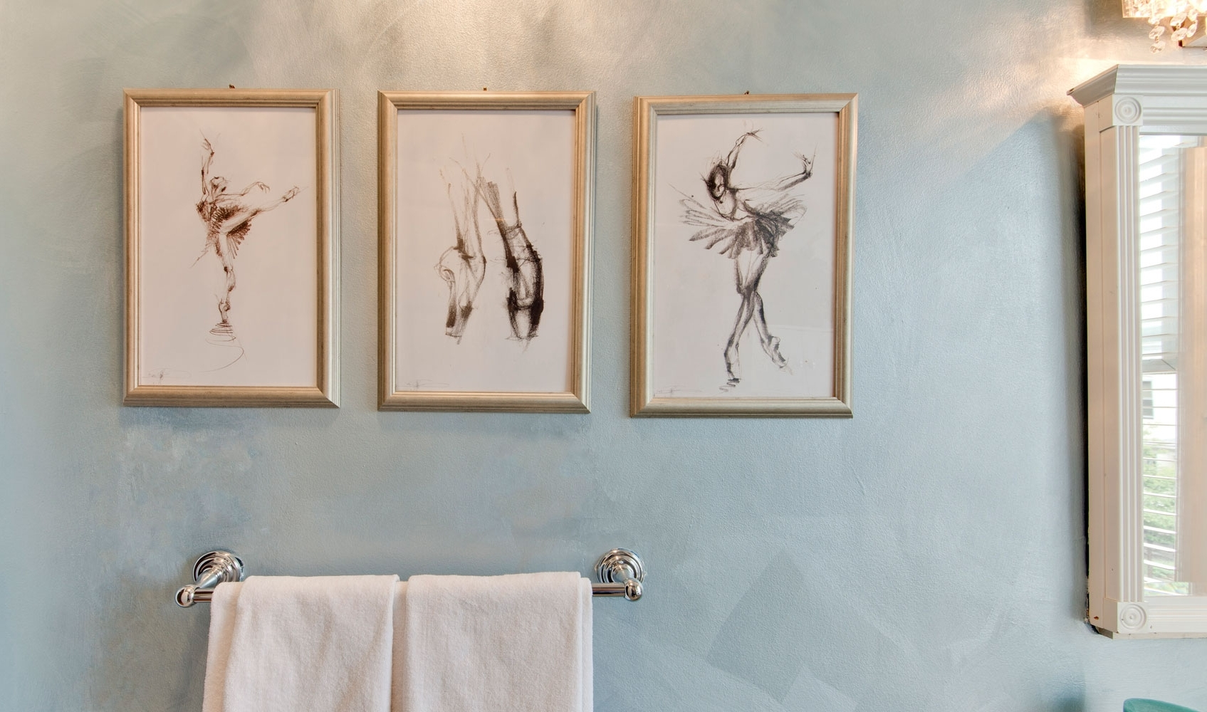 Trendy Wall Accents For Bathrooms Inside Bathroom: Bathroom Wall Decor: Easiest Way To Beautify Your (Gallery 2 of 15)
