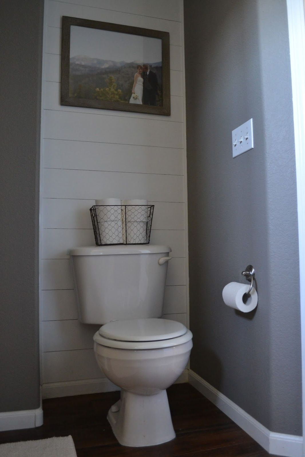 Wall Accents Behind Toilet Inside Fashionable 30 Inspiring Accent Wall Ideas To Change An Area (View 11 of 15)
