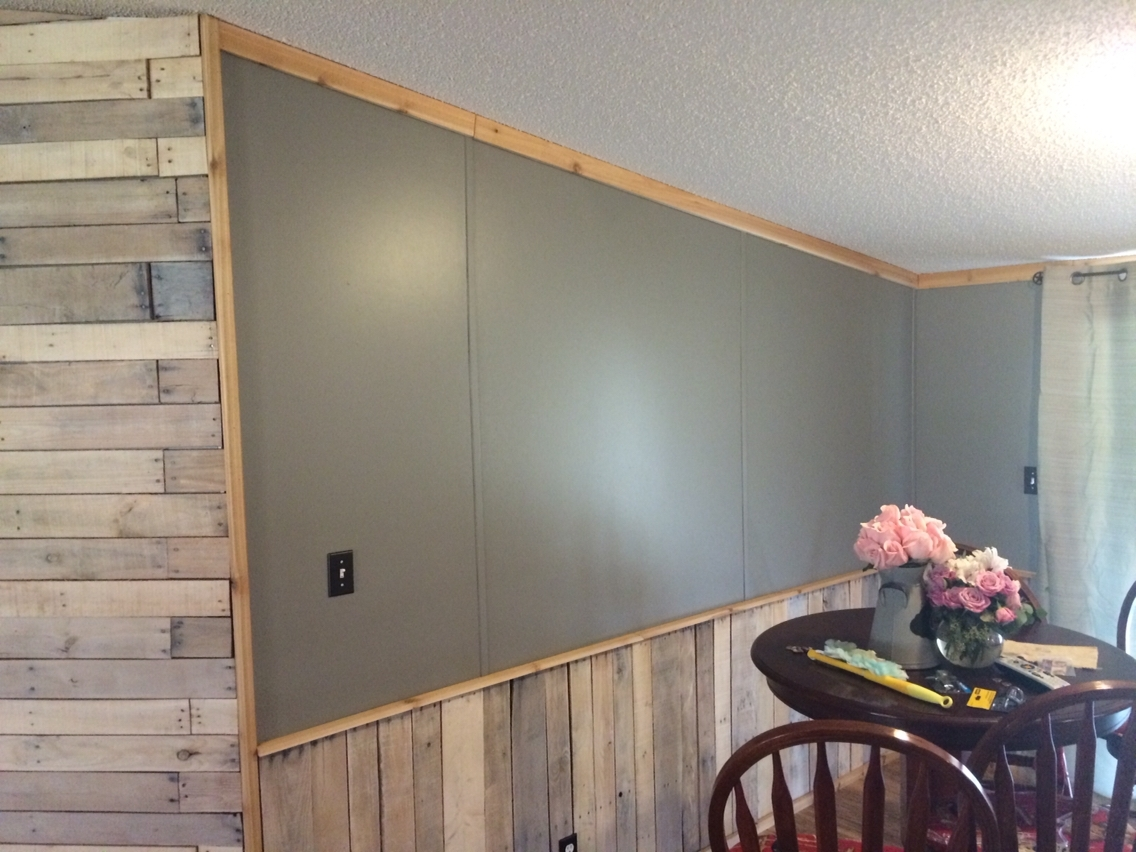 Wall Accents With Pallets With Well Known White Washed Pallet Accent Wall And Wainscoting (View 12 of 15)